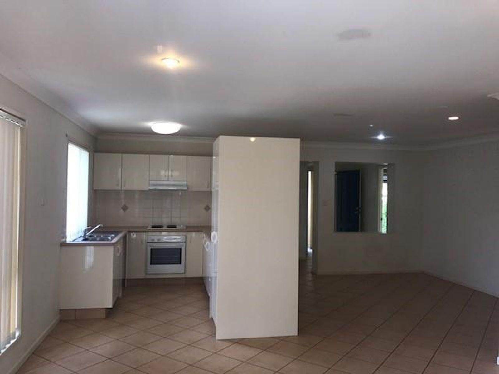 7 Inwood Circuit, Merrimac, QLD 4226