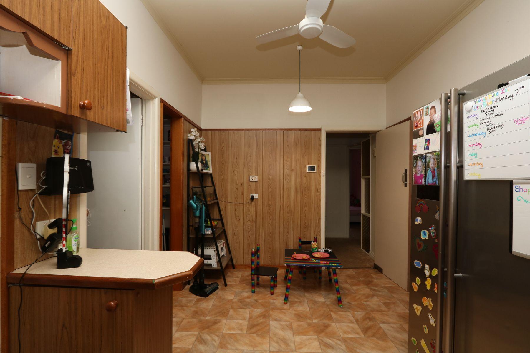 34 Gearing Street, Maryborough, VIC 3465