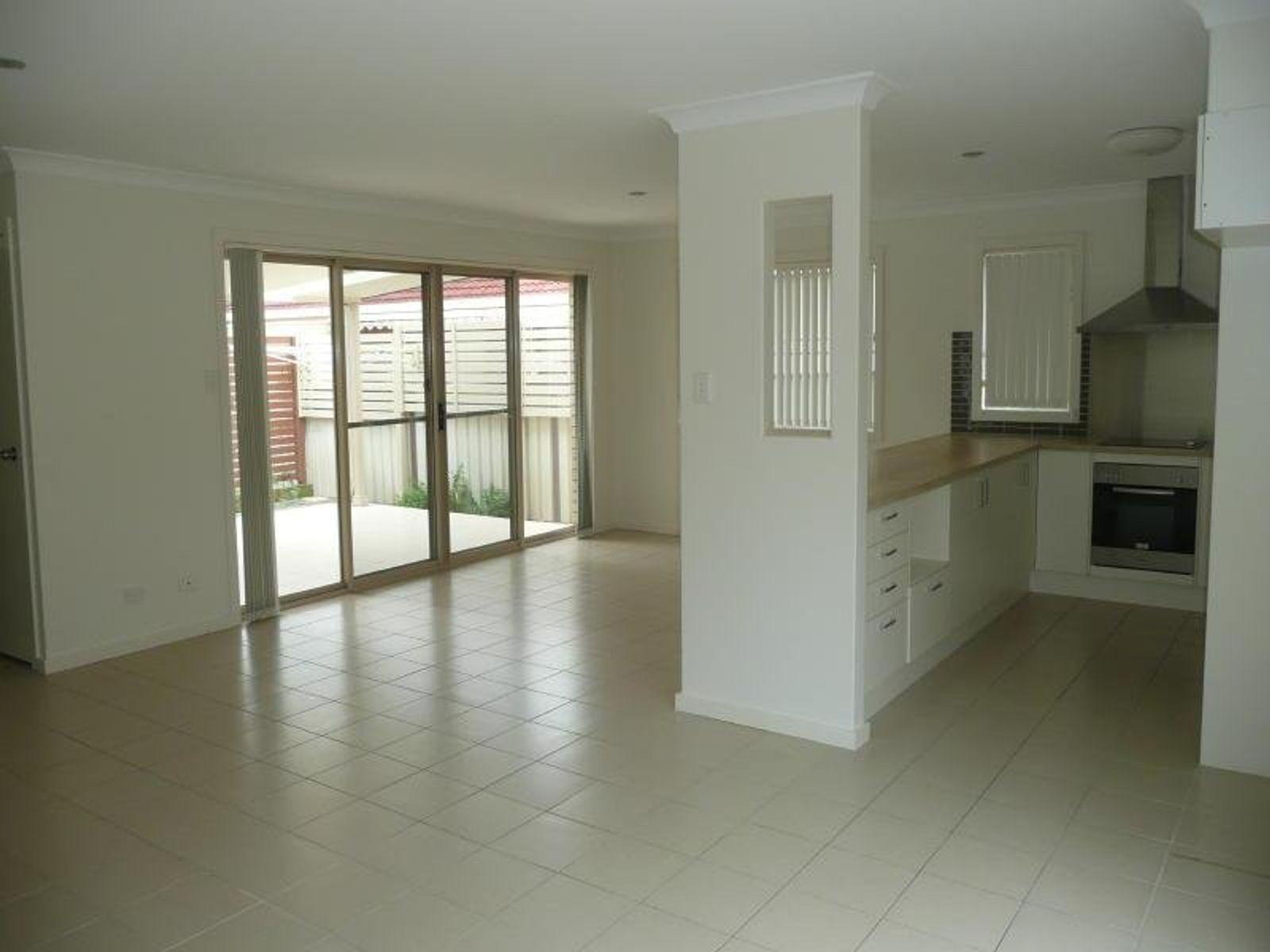 2/22 Cowper Street, Taree, NSW 2430