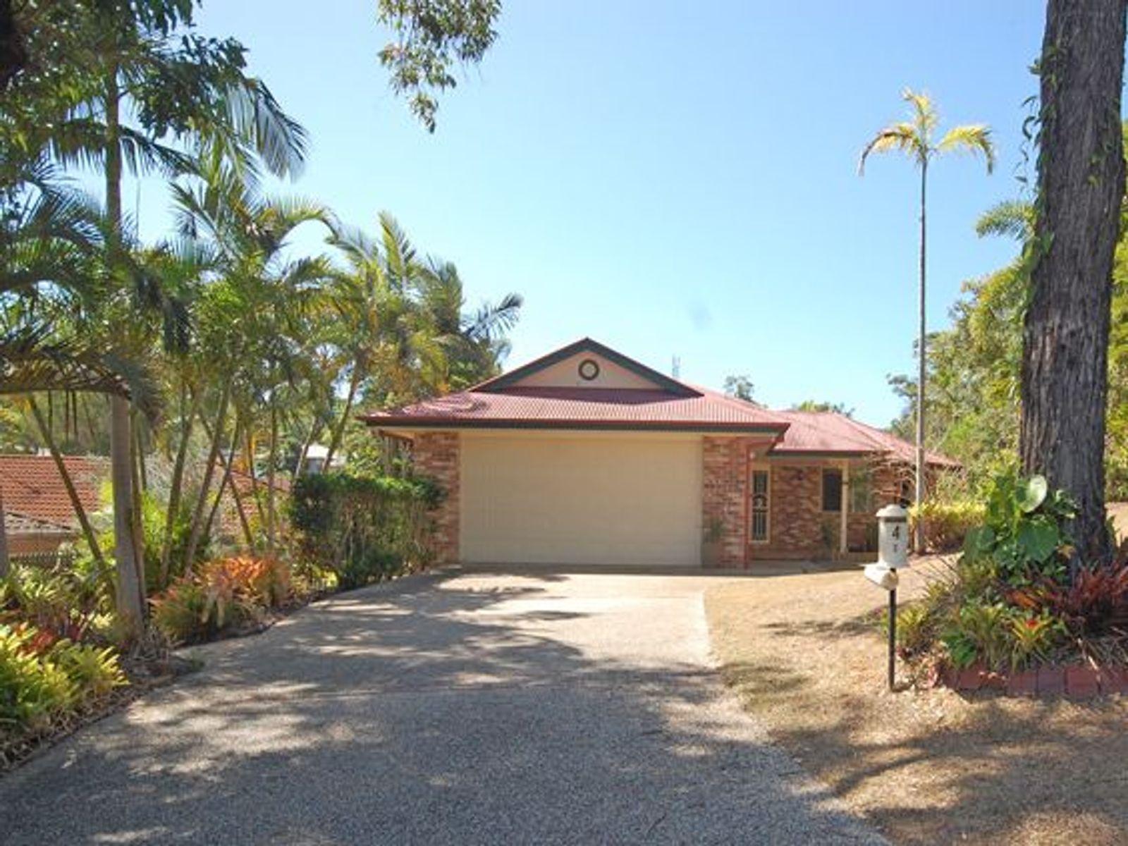 4 Luisa Court, Benowa, QLD 4217
