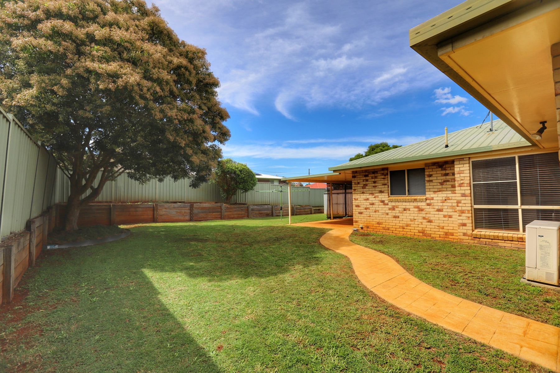 8 Evergreen Court, Glenvale, QLD 4350