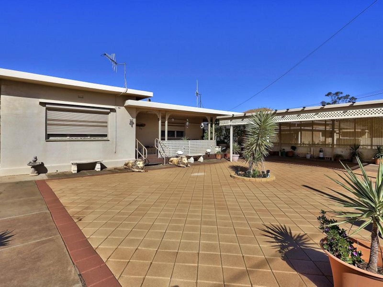 59 Gaffney Street, Broken Hill, NSW 2880
