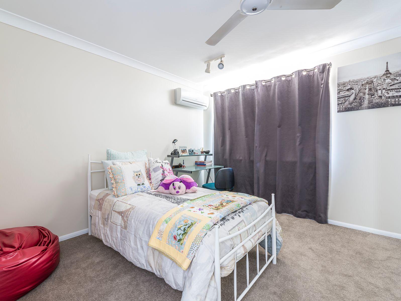 33 Kidston Avenue, Rural View, QLD 4740