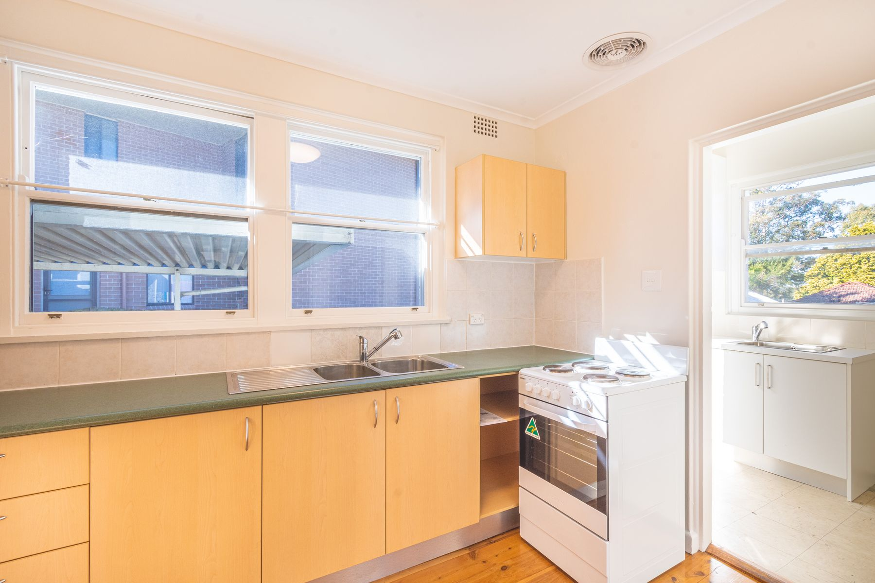 6 Colvin Crescent, Denistone East, NSW 2112