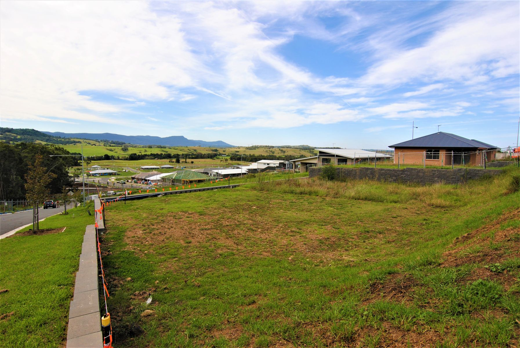 60 Oak Farm Road, Calderwood, NSW 2527