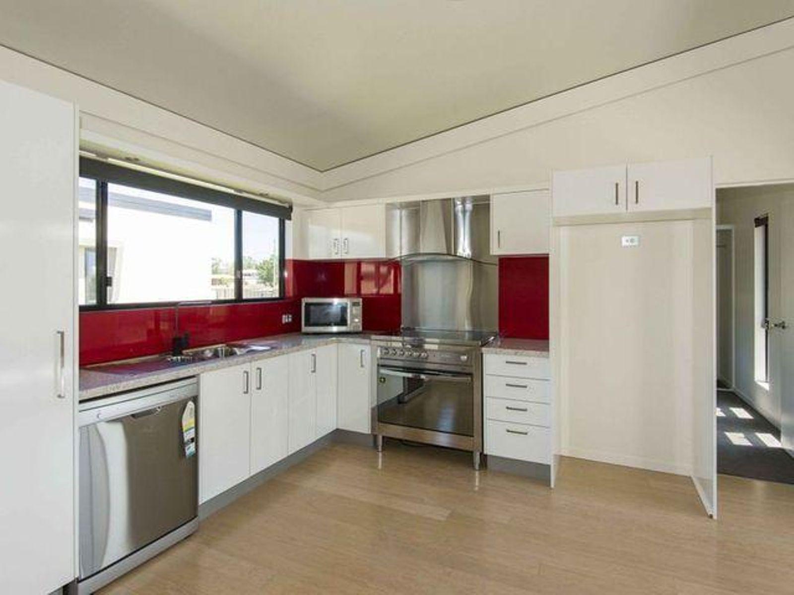 6/51 Kemmis Street, Nebo, QLD 4742