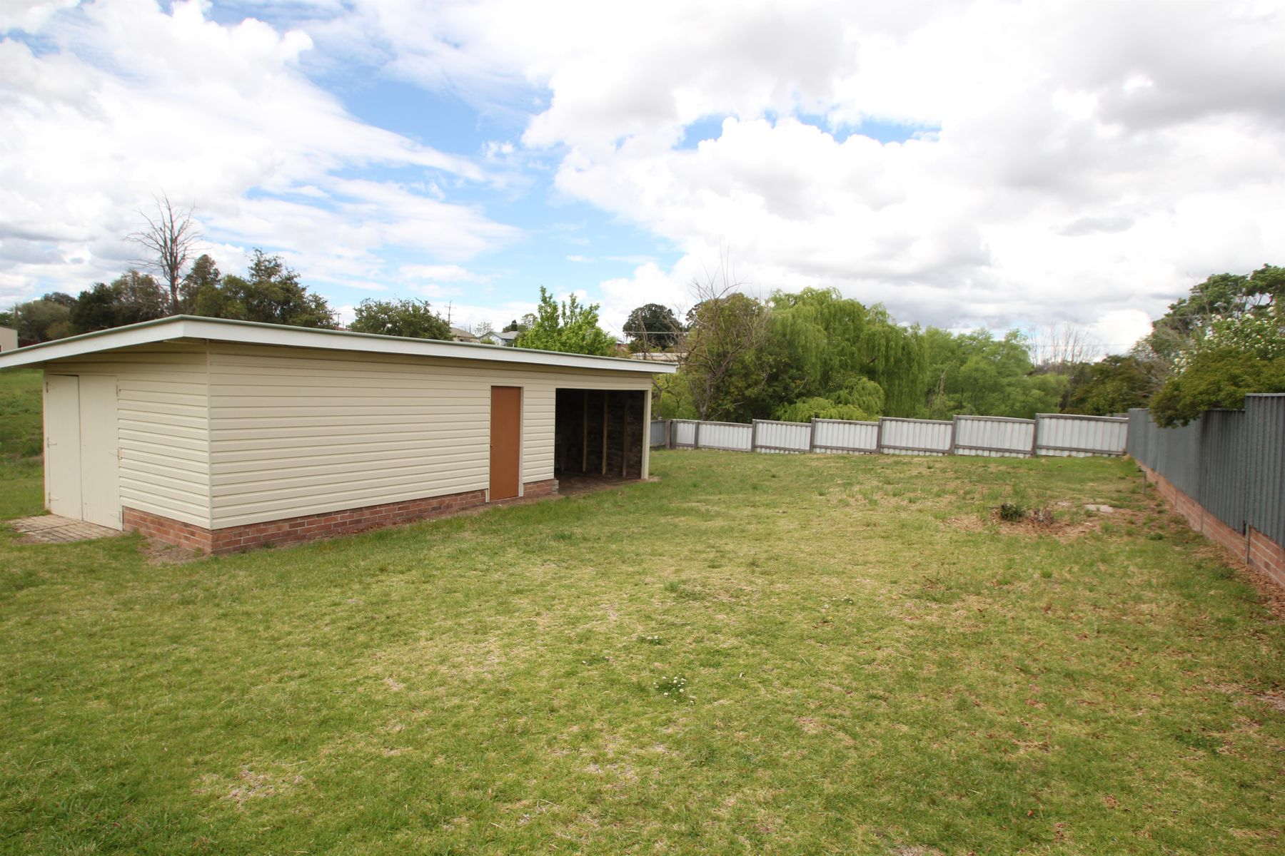 163 Logan Street, Tenterfield, NSW 2372