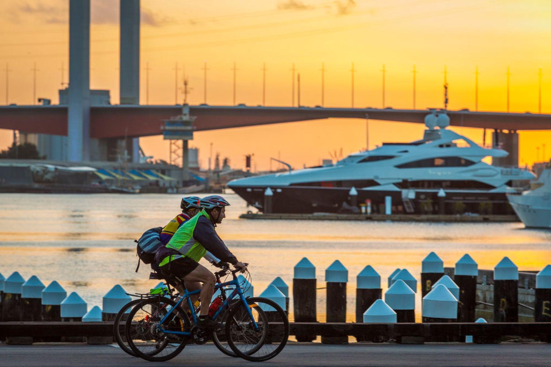 Harbour Esplanade - bike ride