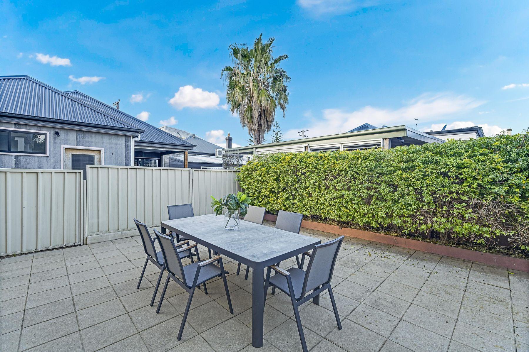 15 Cameron Street, Hamilton, NSW 2303