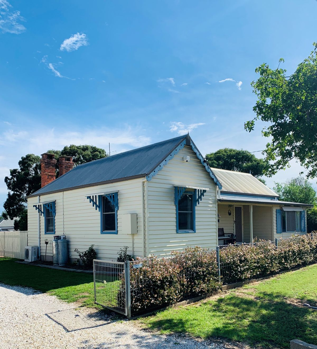 35 Margaret Street, Tenterfield, NSW 2372