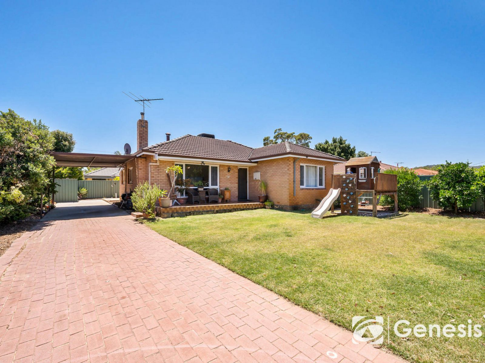 34 Sussex Road, Forrestfield, WA 6058