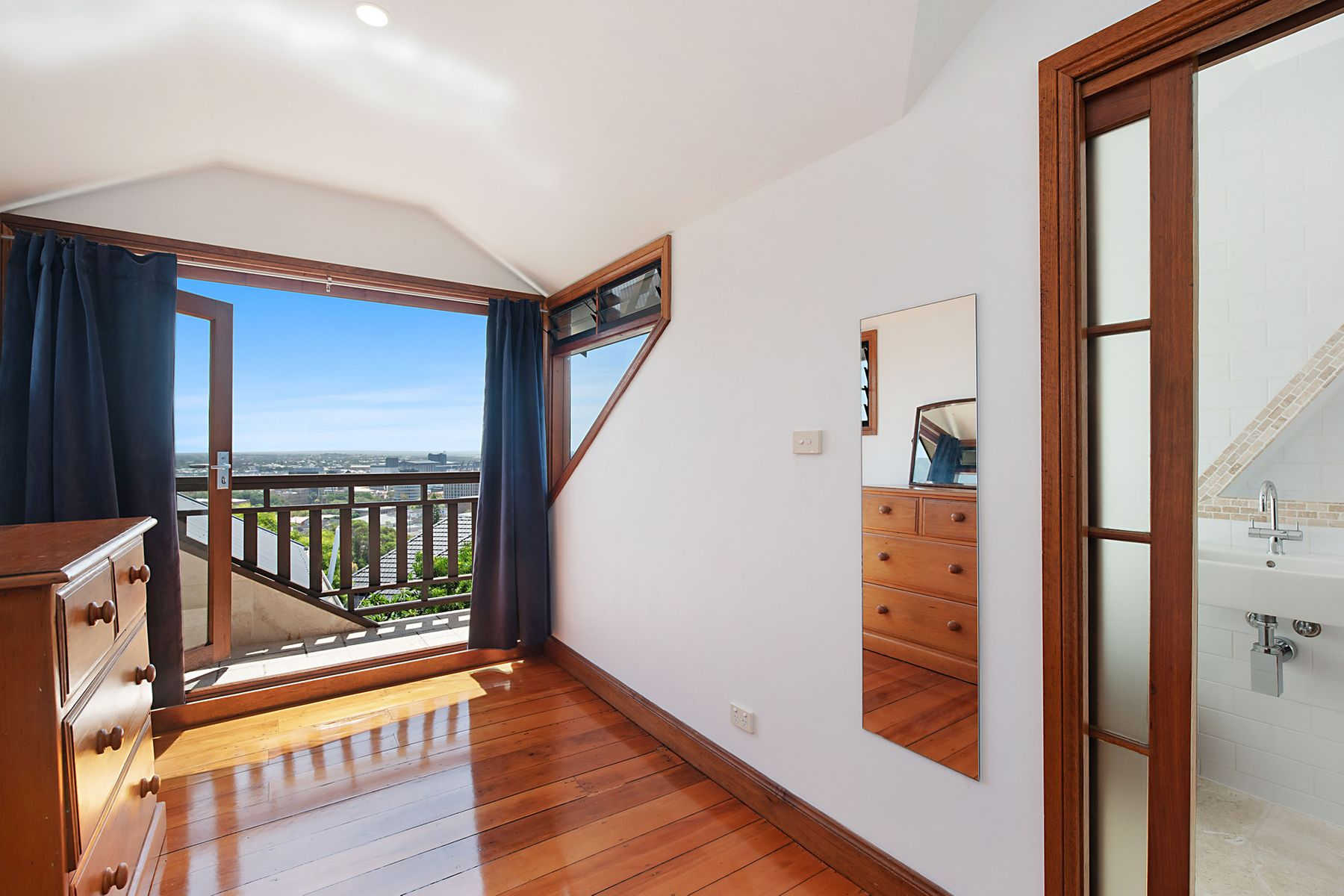 2 Bingle Street, The Hill, NSW 2300