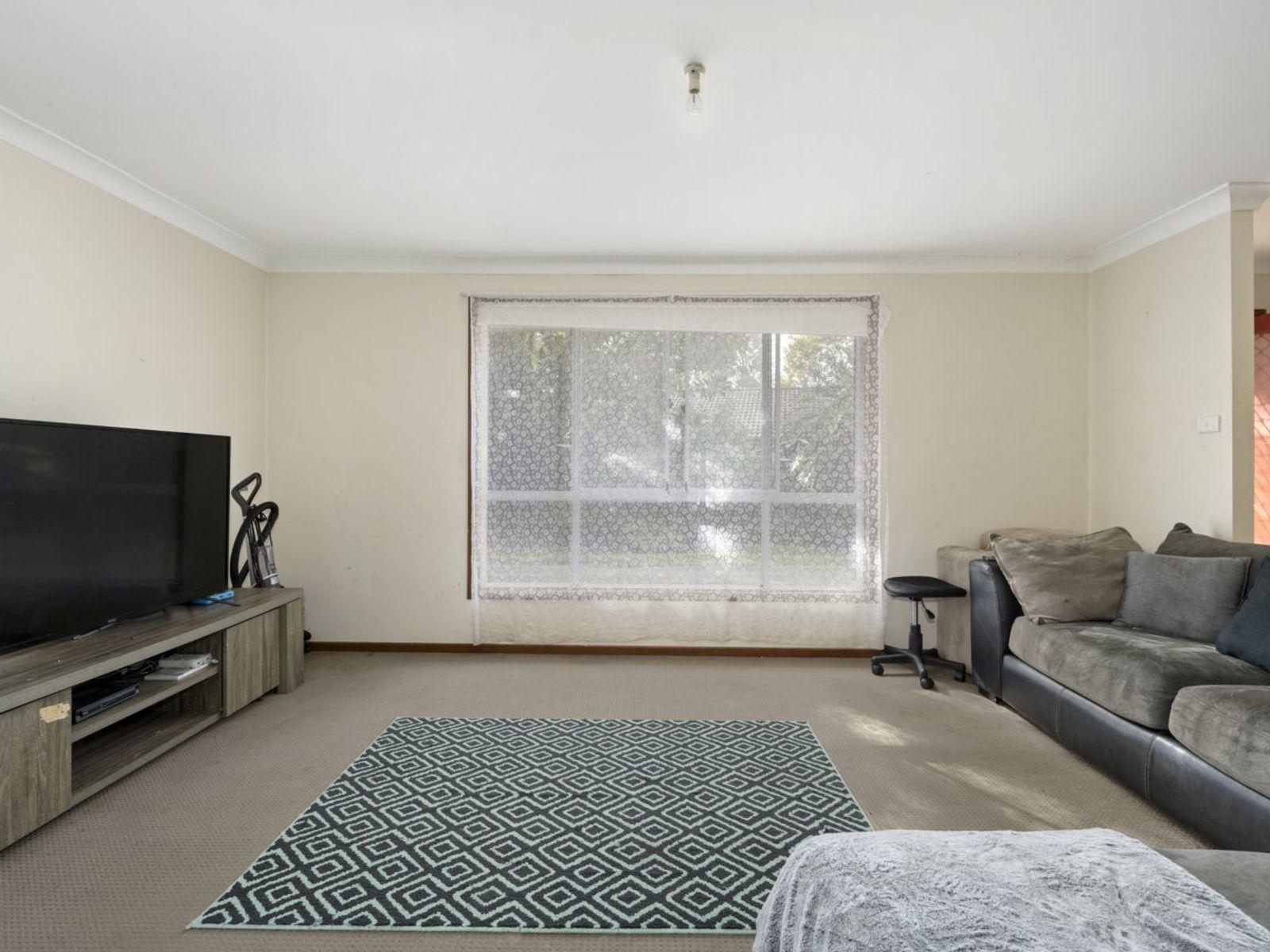 11 Sally Close, Lake Haven, NSW 2263