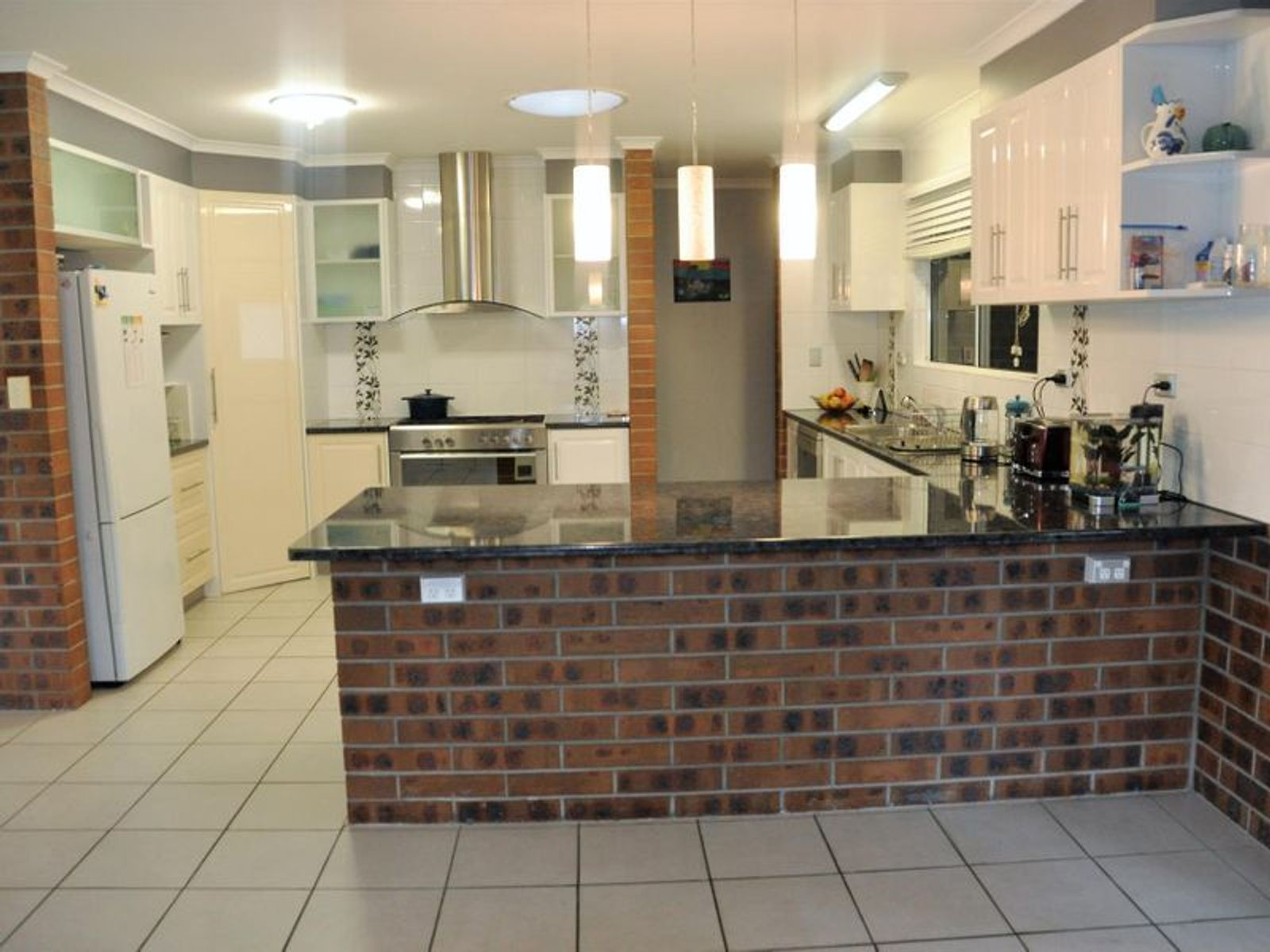 11 Rankin Court, Armstrong Beach, QLD 4737