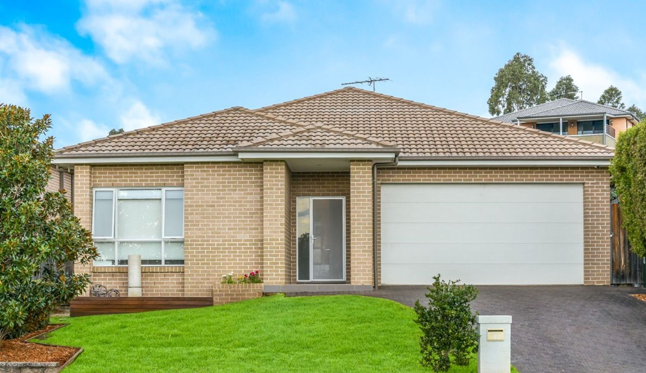 12 Carruthers Street, Minto, NSW 2566
