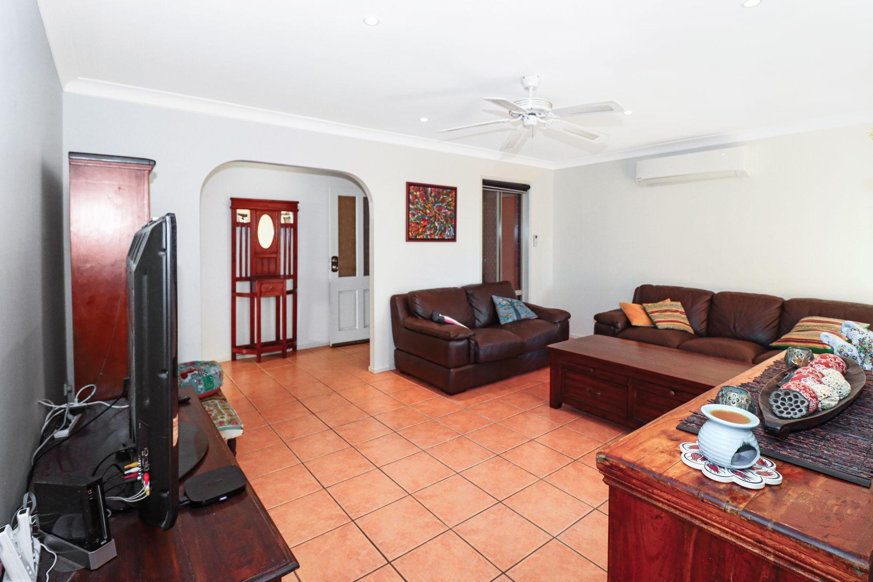 4 Kentia Court, Kawungan, QLD 4655