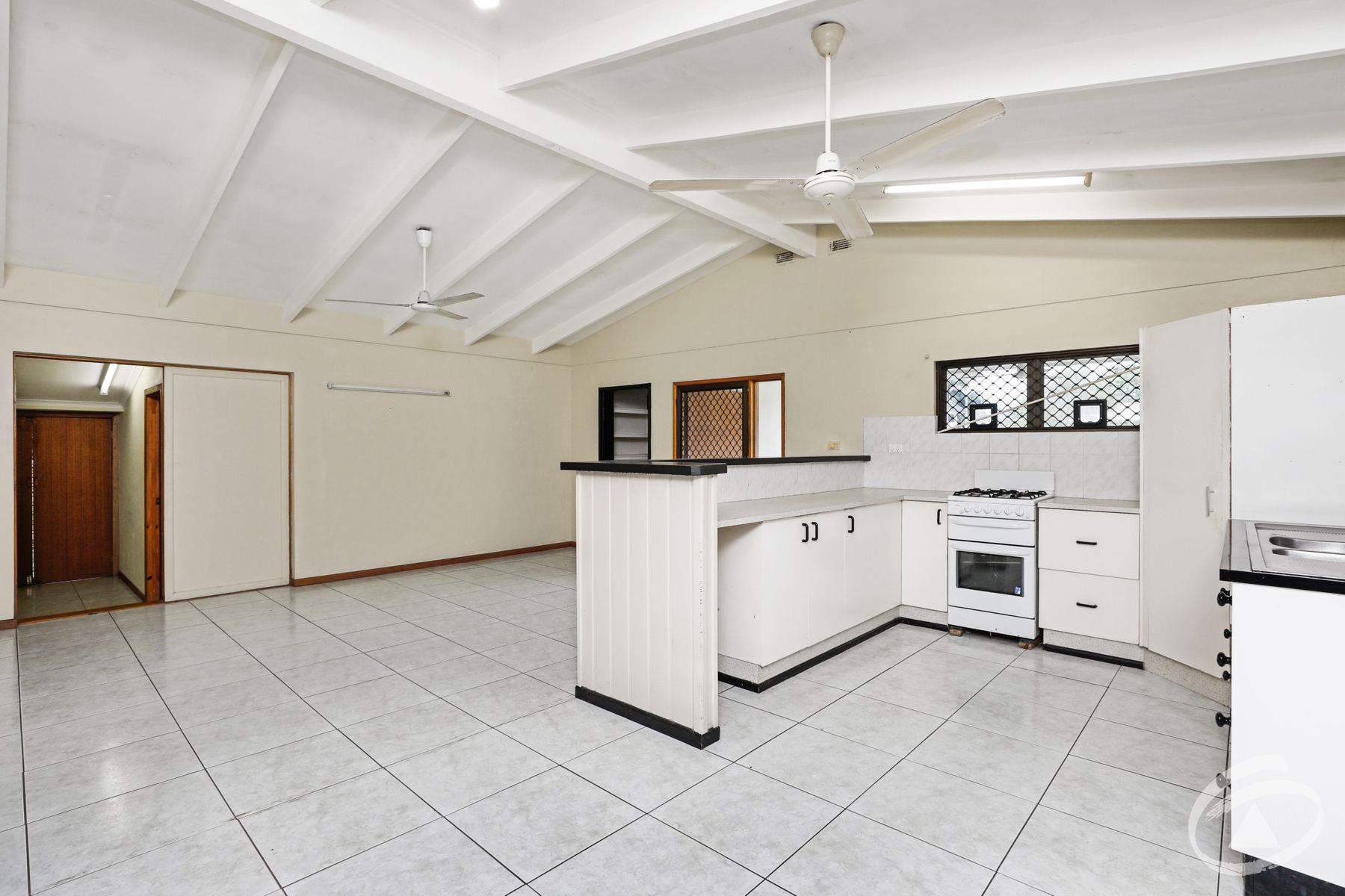 10 Pennine Close, Smithfield, QLD 4878