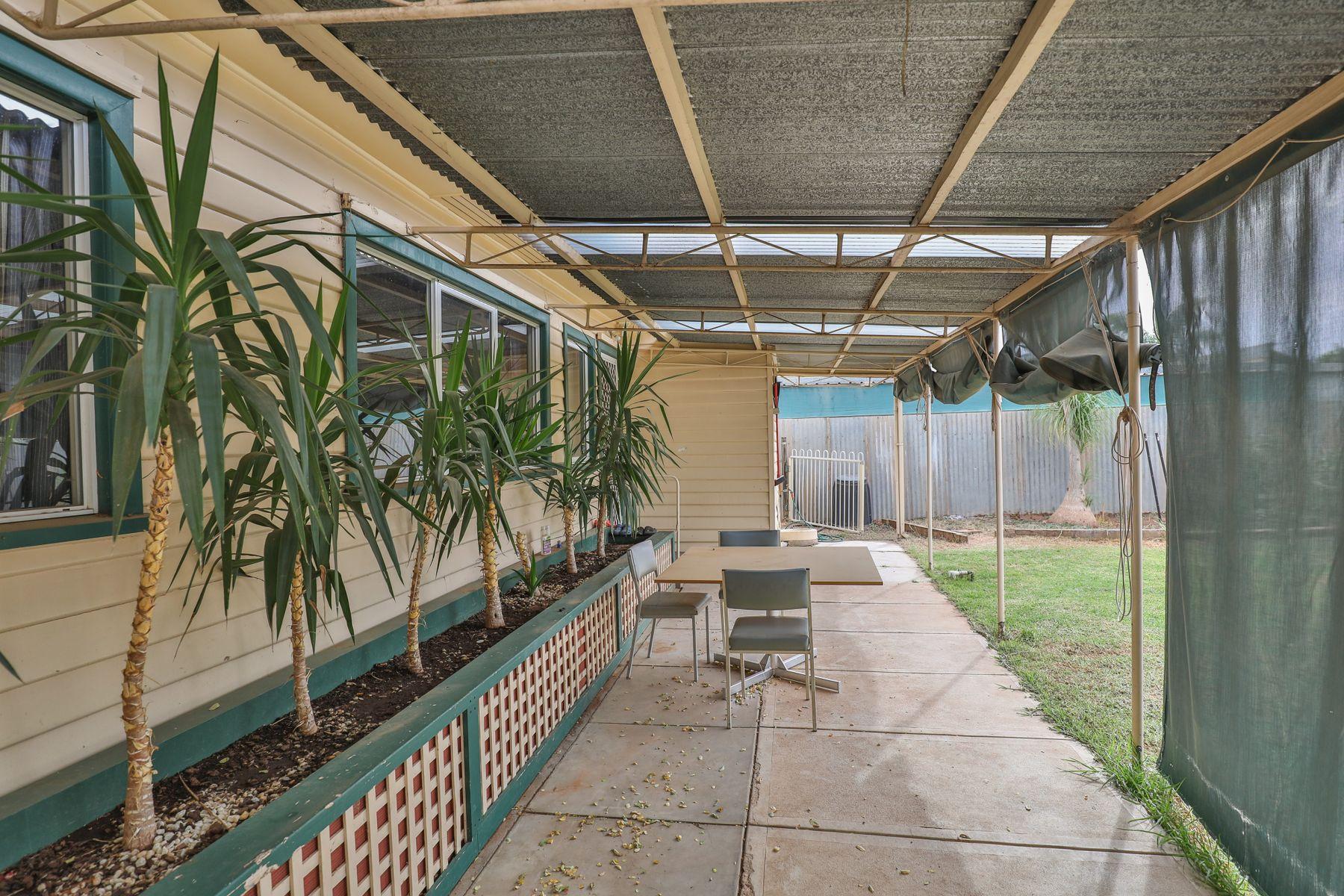110 Hawthorn Grove, Mildura, VIC 3500
