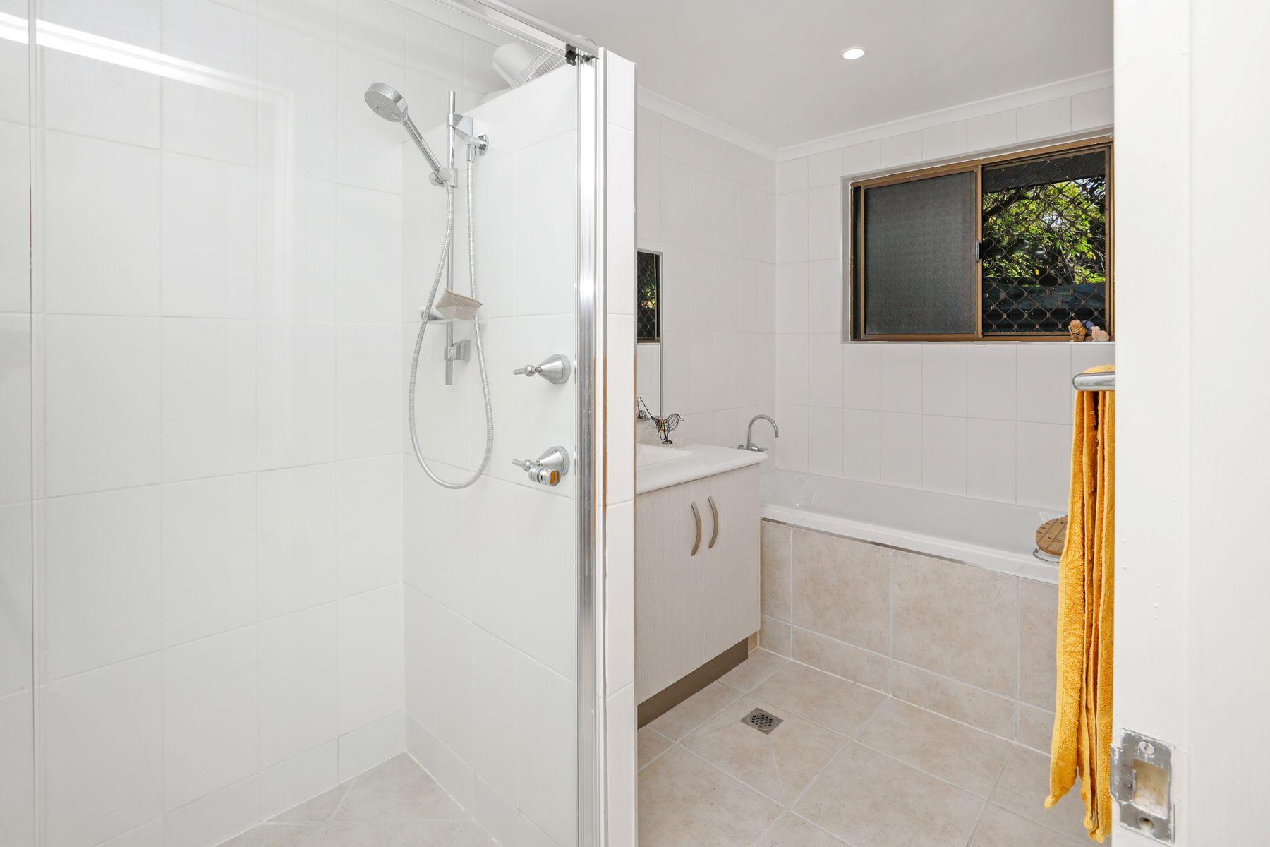 16 Poolwood Road, Kewarra Beach, QLD 4879