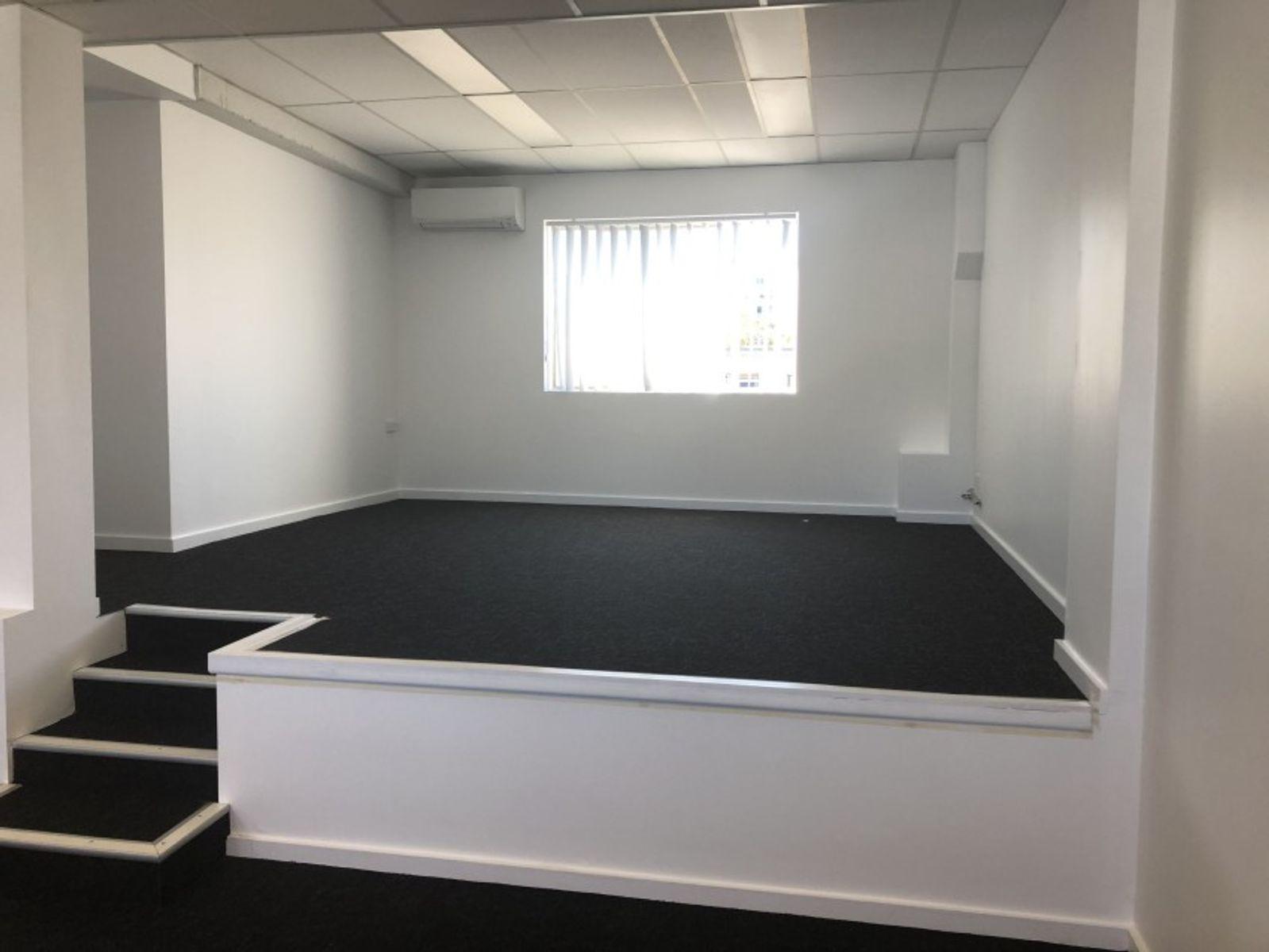 Office/10  James Street, Waitara, NSW 2077