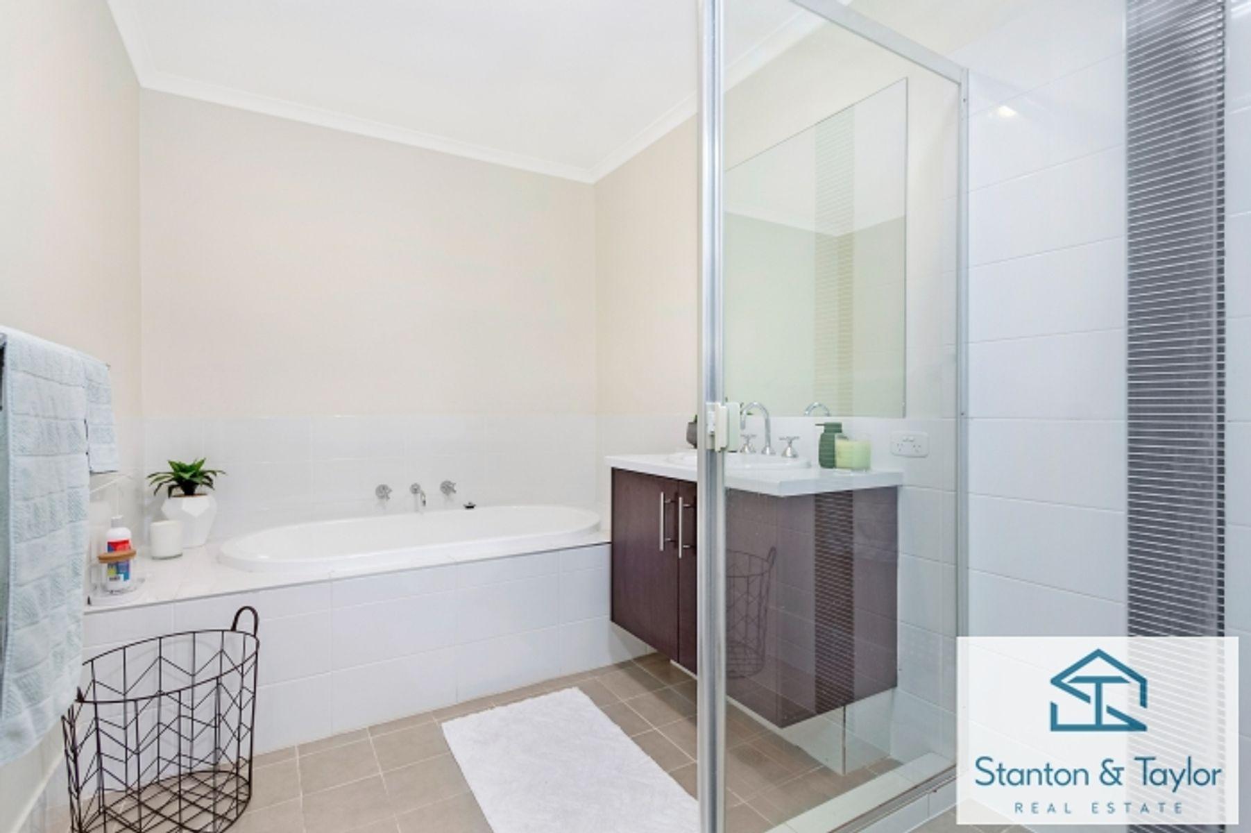 11 Domus Street, Glenmore Park, NSW 2745