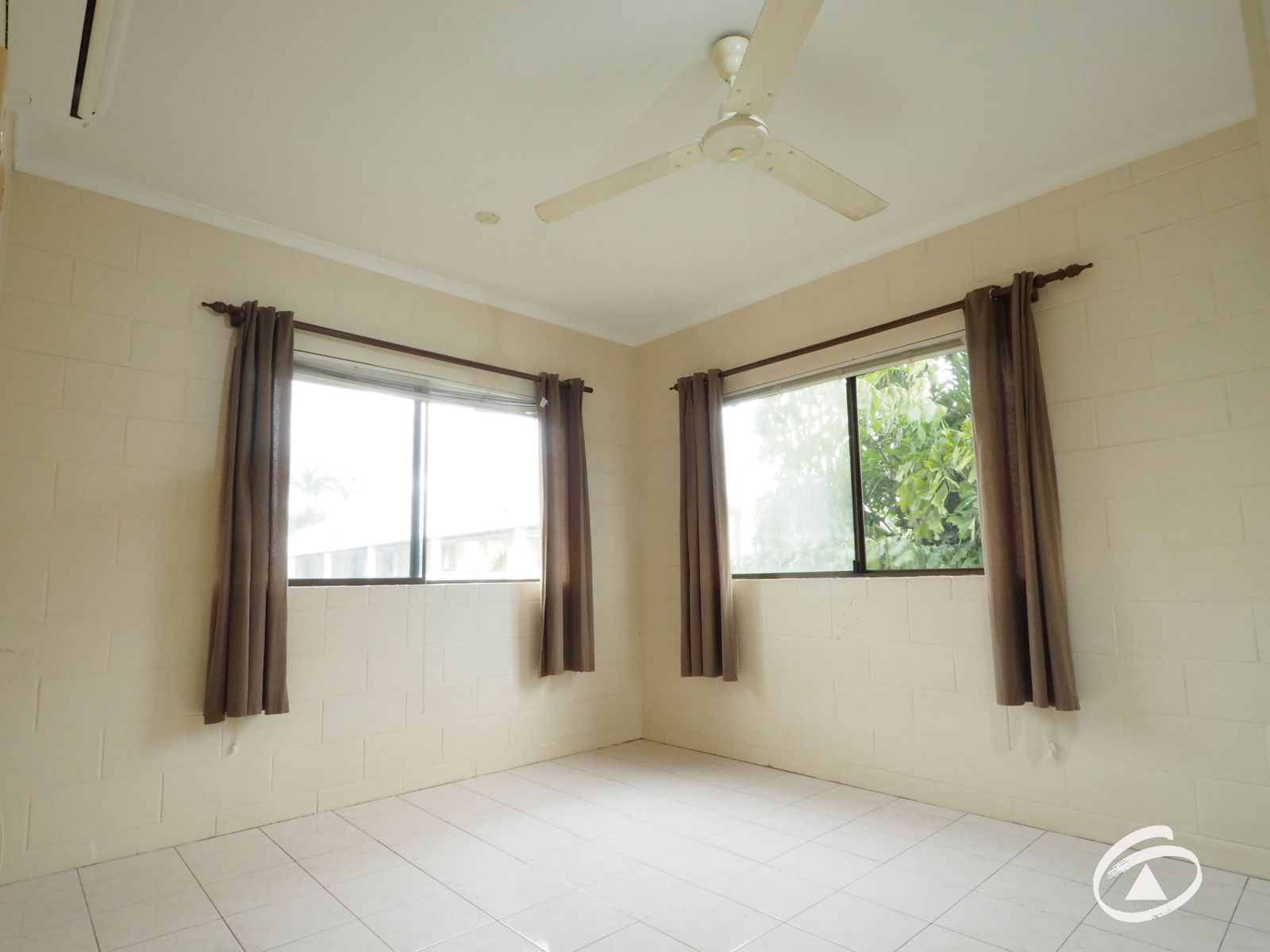 20/215 McLeod Street, Cairns North, QLD 4870