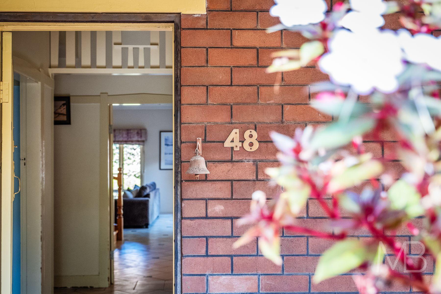48 Robert Street