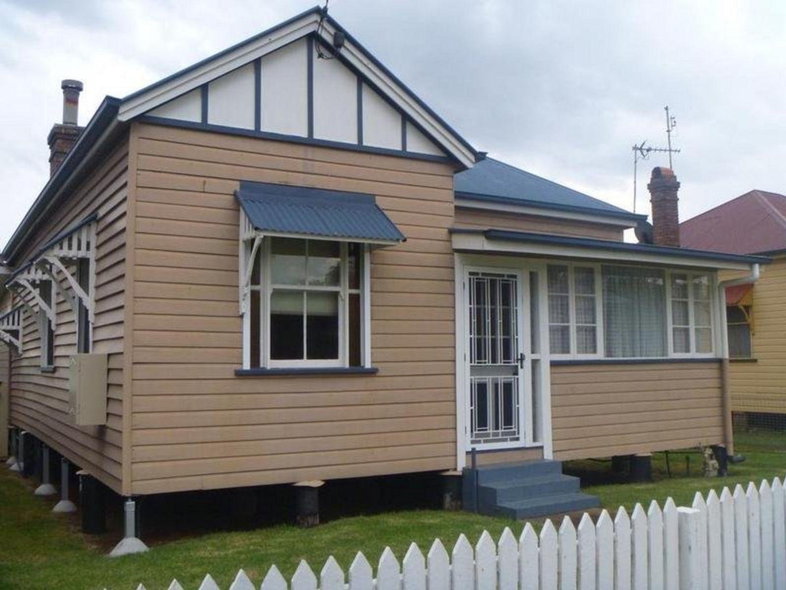 43 Grenier Street, Toowoomba City, QLD 4350