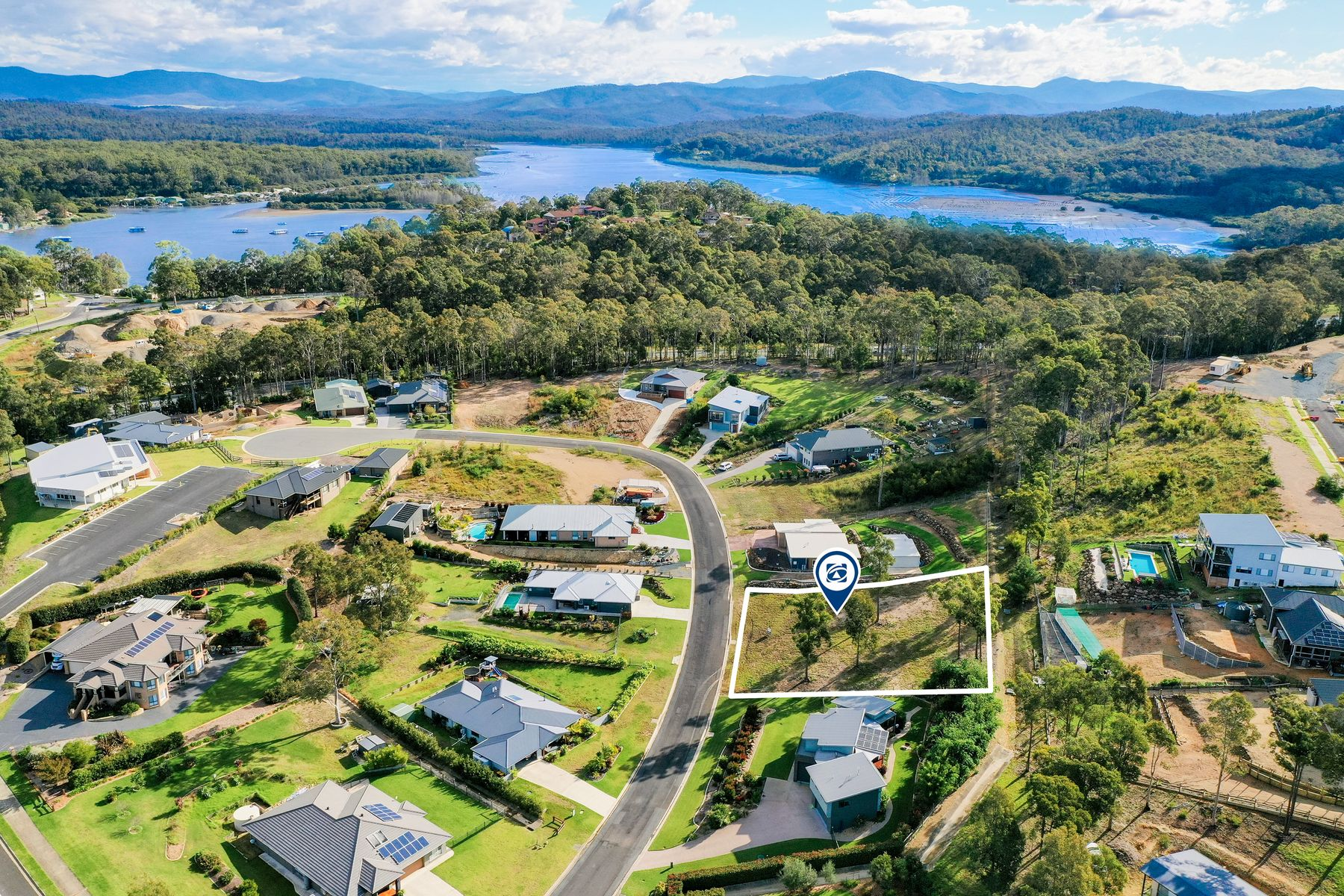 6 Spotted Gum Place, North Batemans Bay, NSW 2536