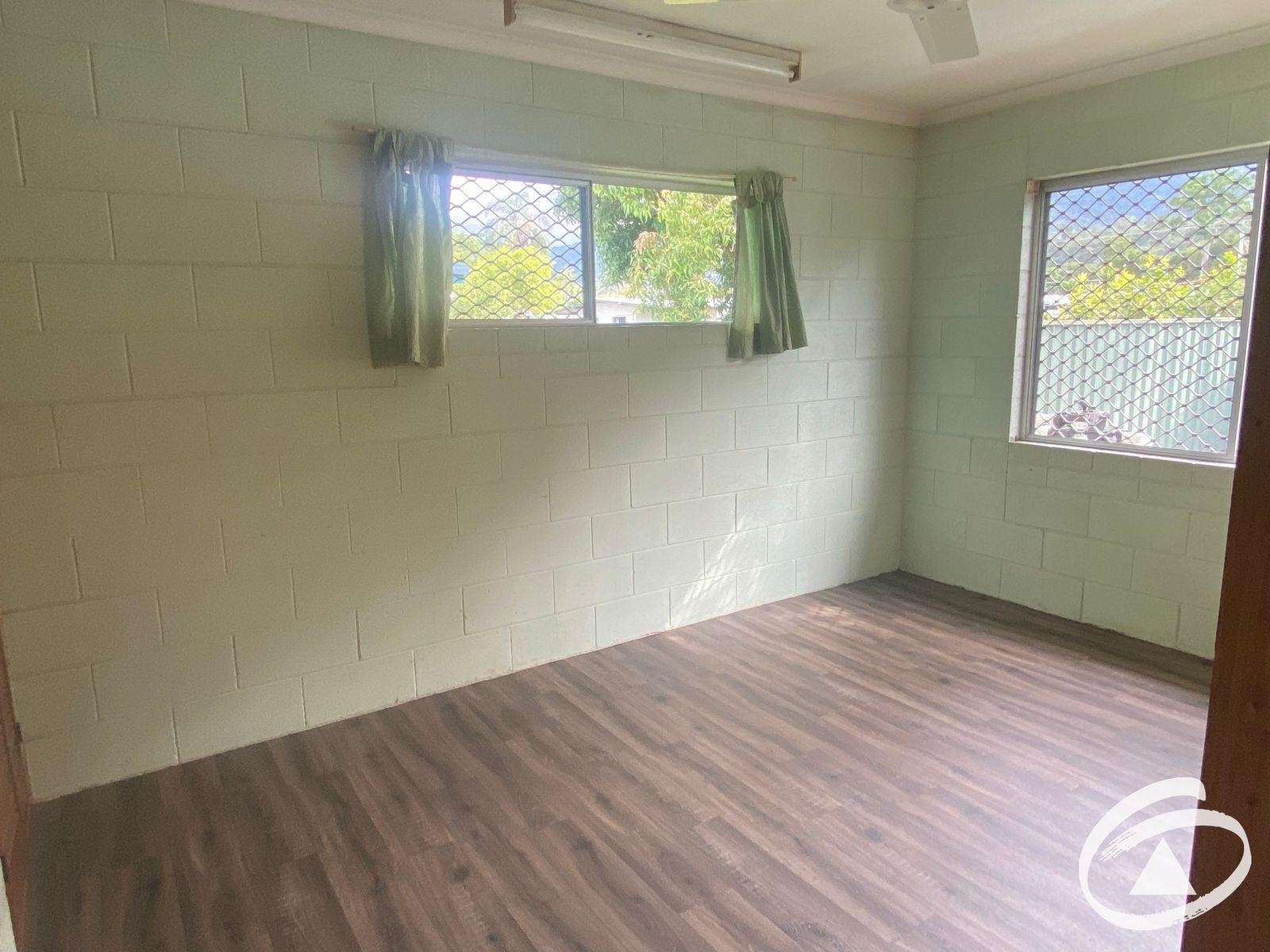 19 Mulligan Street, Manoora, QLD 4870