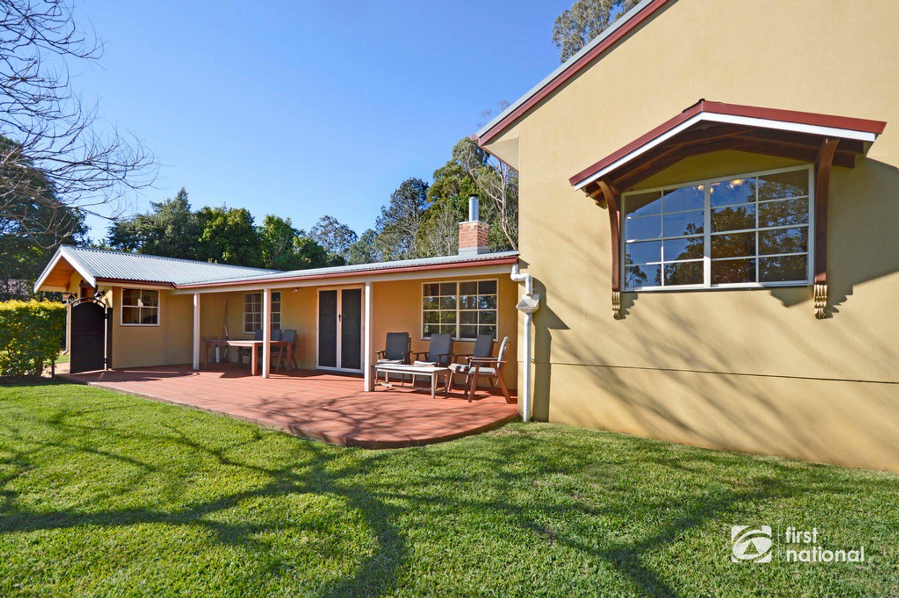 59 Prospect Street, Tamborine Mountain, QLD 4272