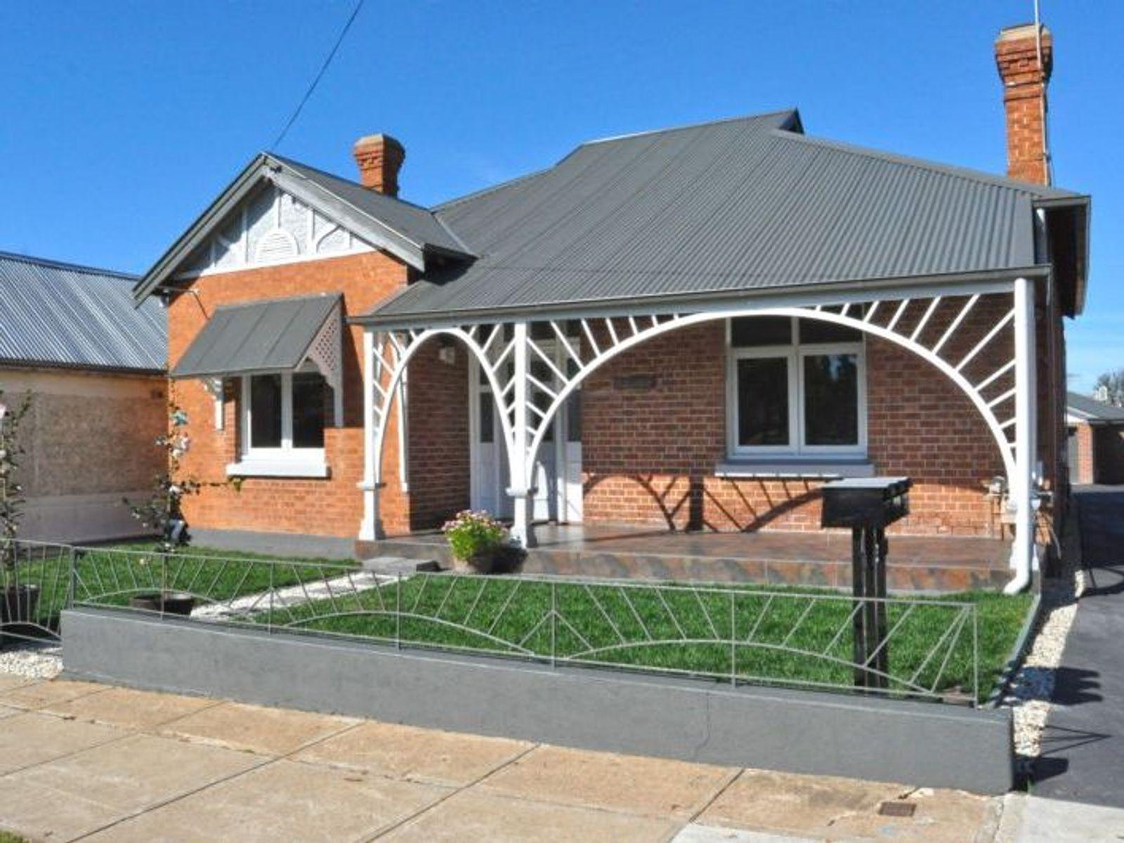 168 Seymour Street, Bathurst, NSW 2795