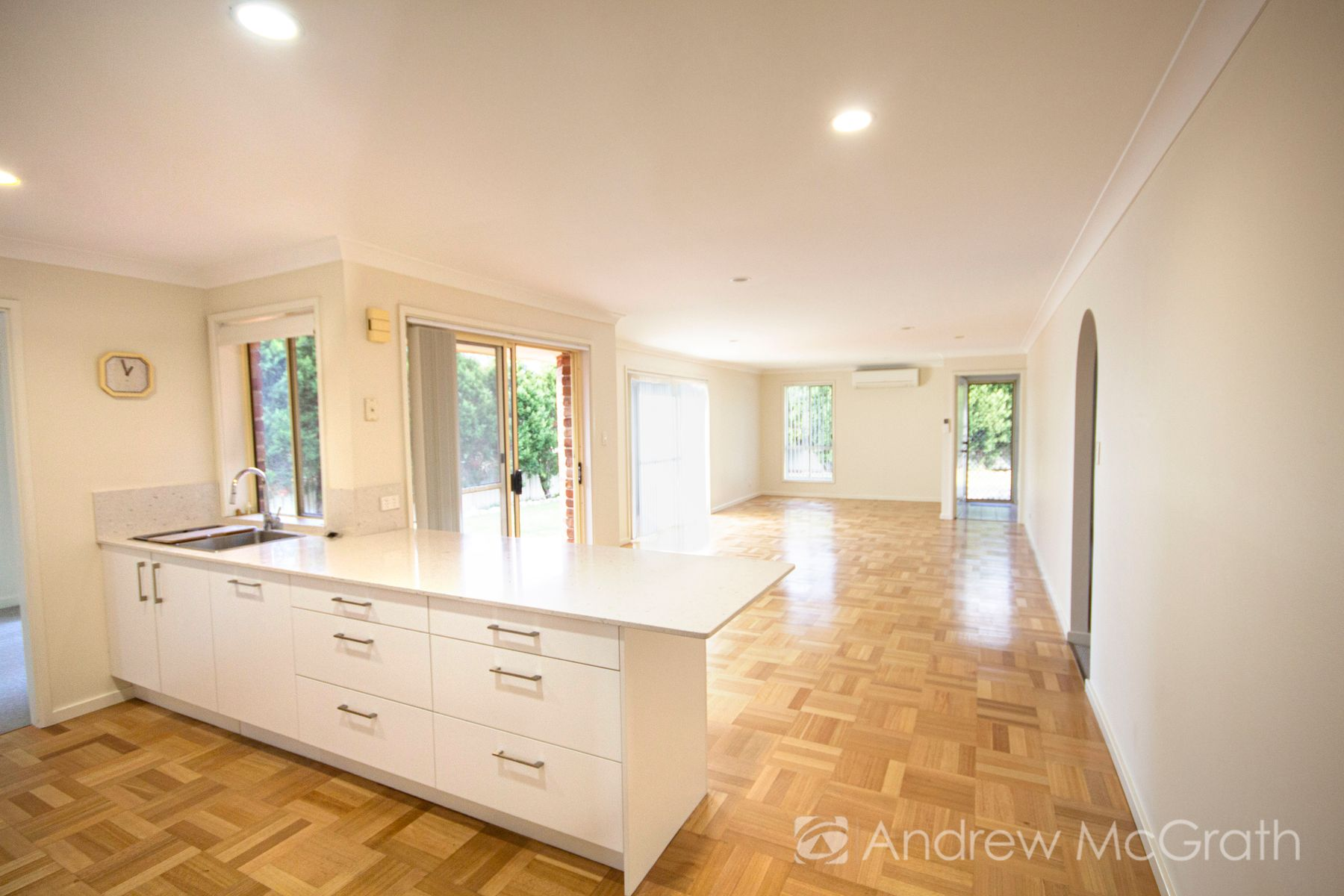 2 Satinwood Court, Caves Beach, NSW 2281