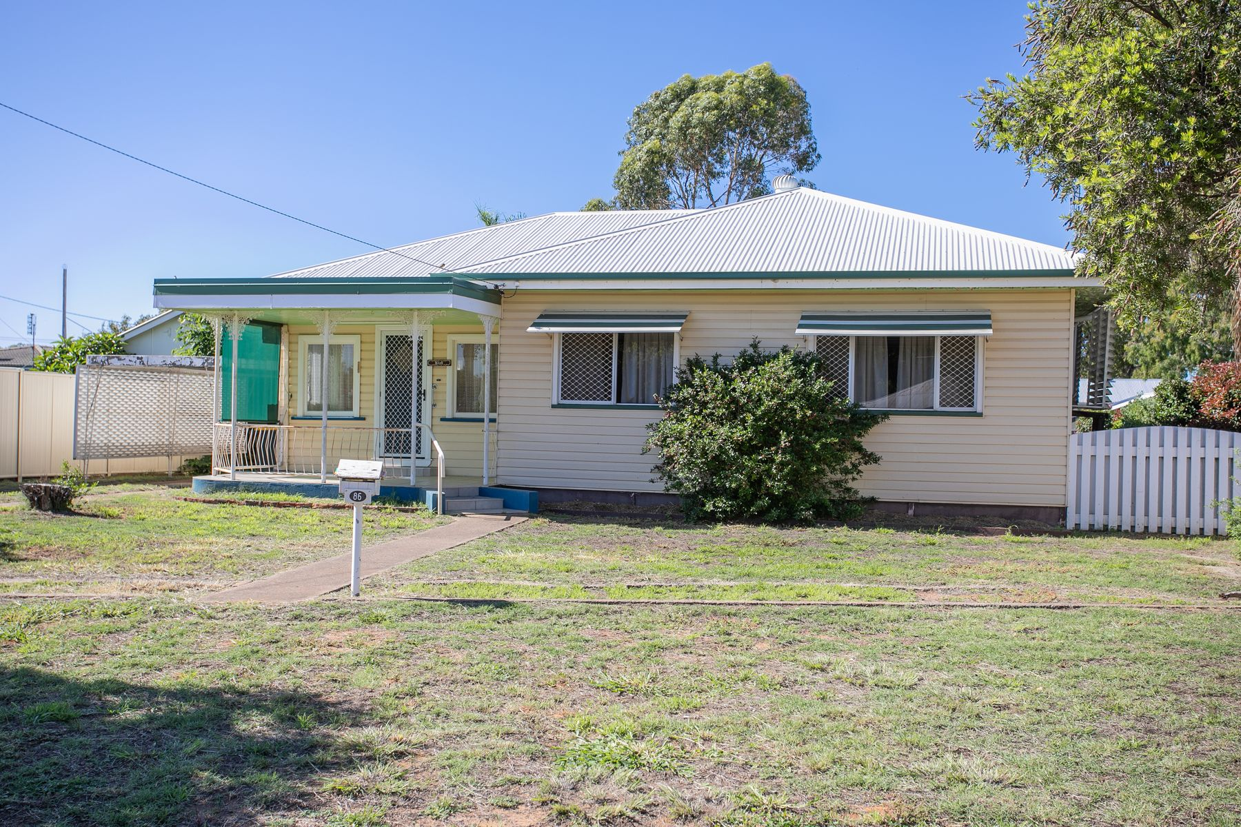 86 Glasson Street, Chinchilla, QLD 4413