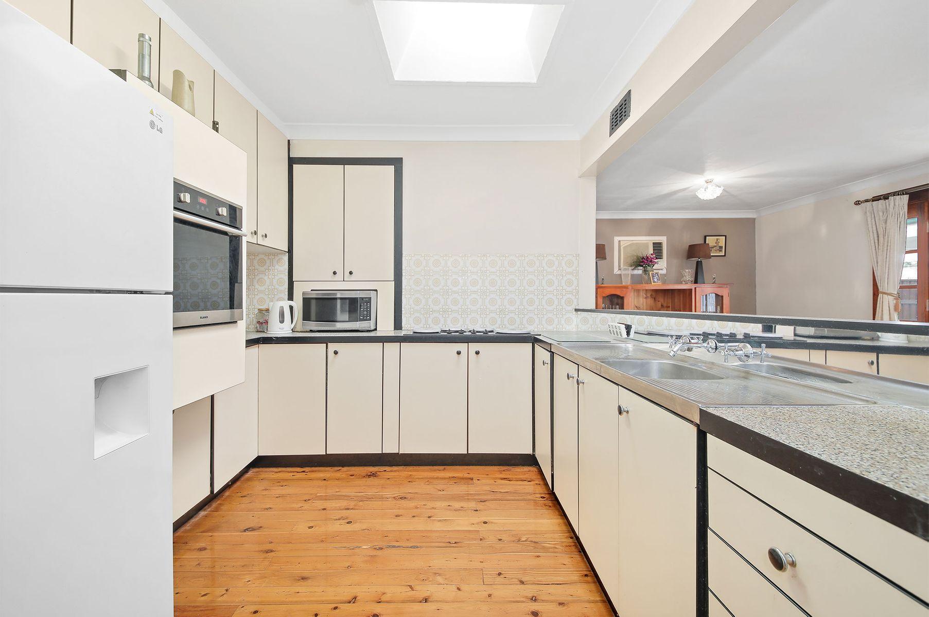 182 Ashford Avenue, Milperra, NSW 2214