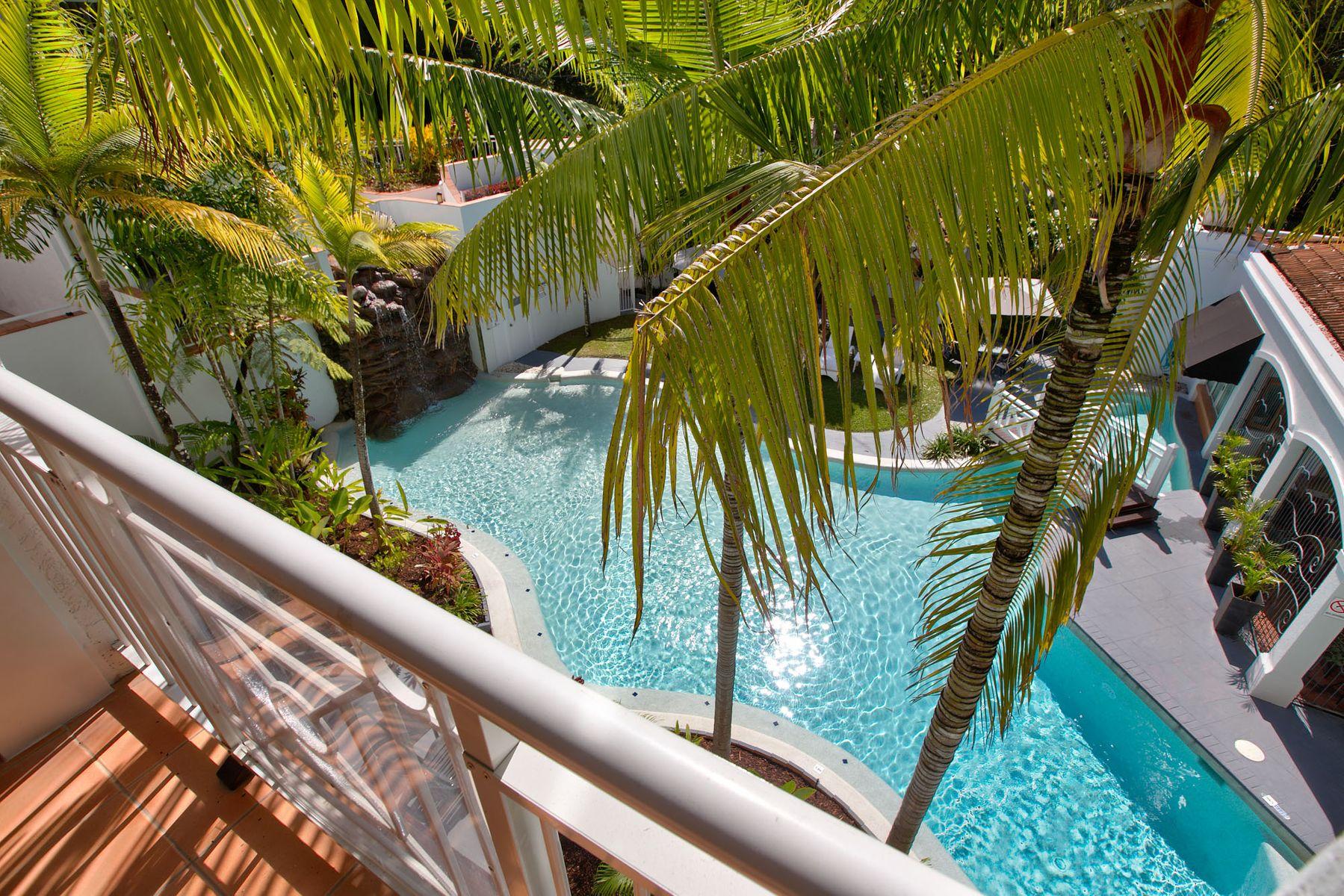 305/139-143 Williams Esplanade, Palm Cove, QLD 4879