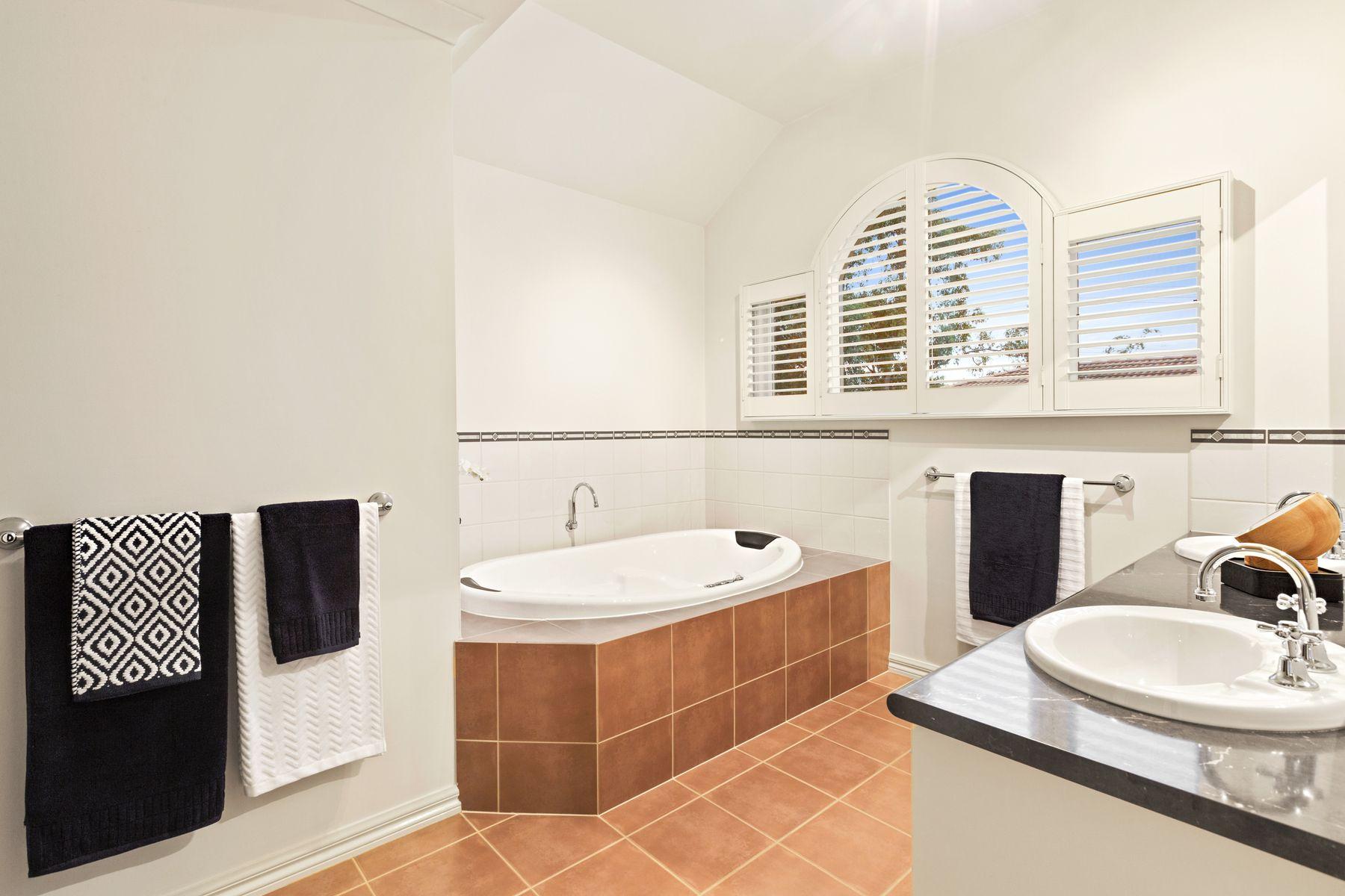 PhilipWebb Real Estate :: 3 Tandarra Drive, Ringwood, VIC 3134