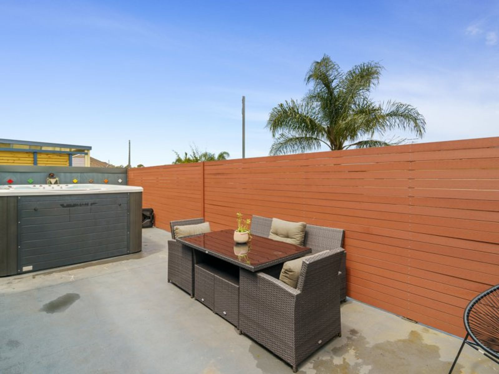 61 St Lawrence Avenue, Blue Haven, NSW 2262