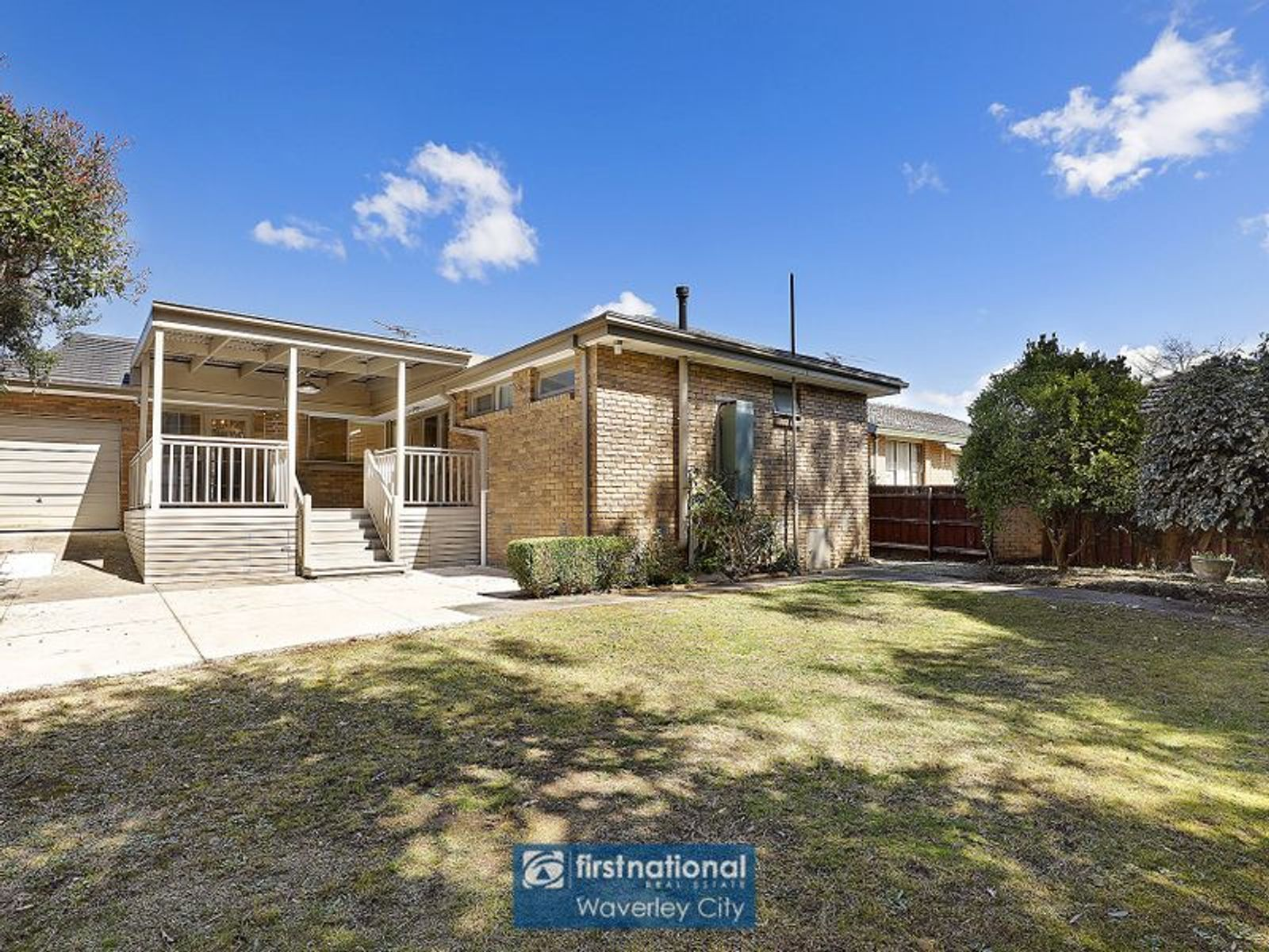 9 Greenways Road, Glen Waverley, VIC 3150