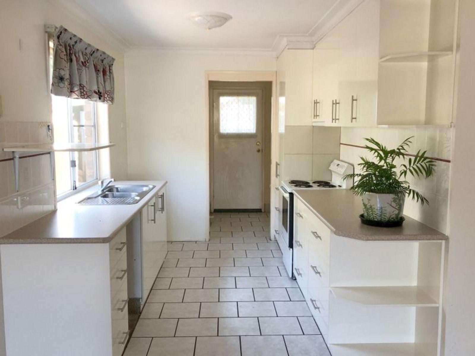 1/32 Horrocks Crescent, Kearneys Spring, QLD 4350