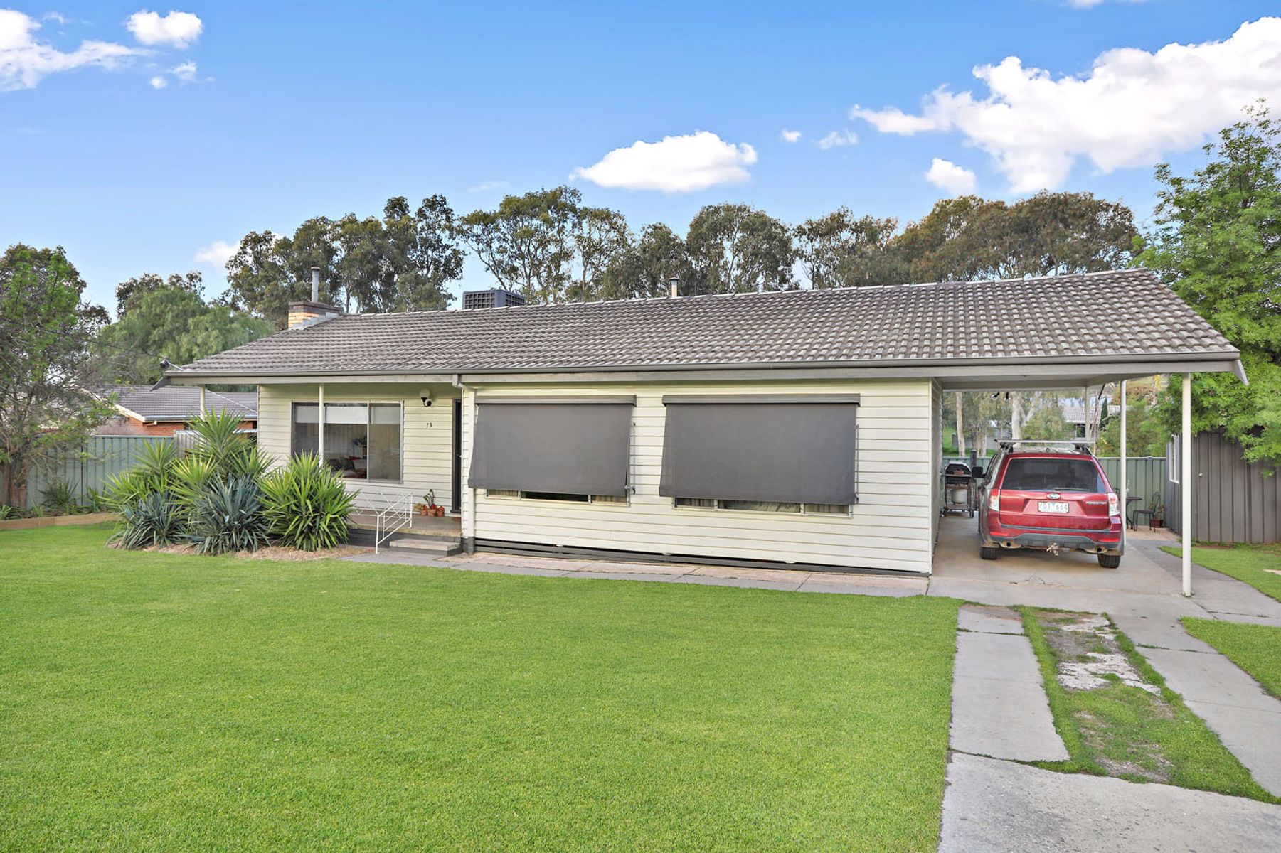 13 Spring Gully Road, Quarry Hill, VIC 3550