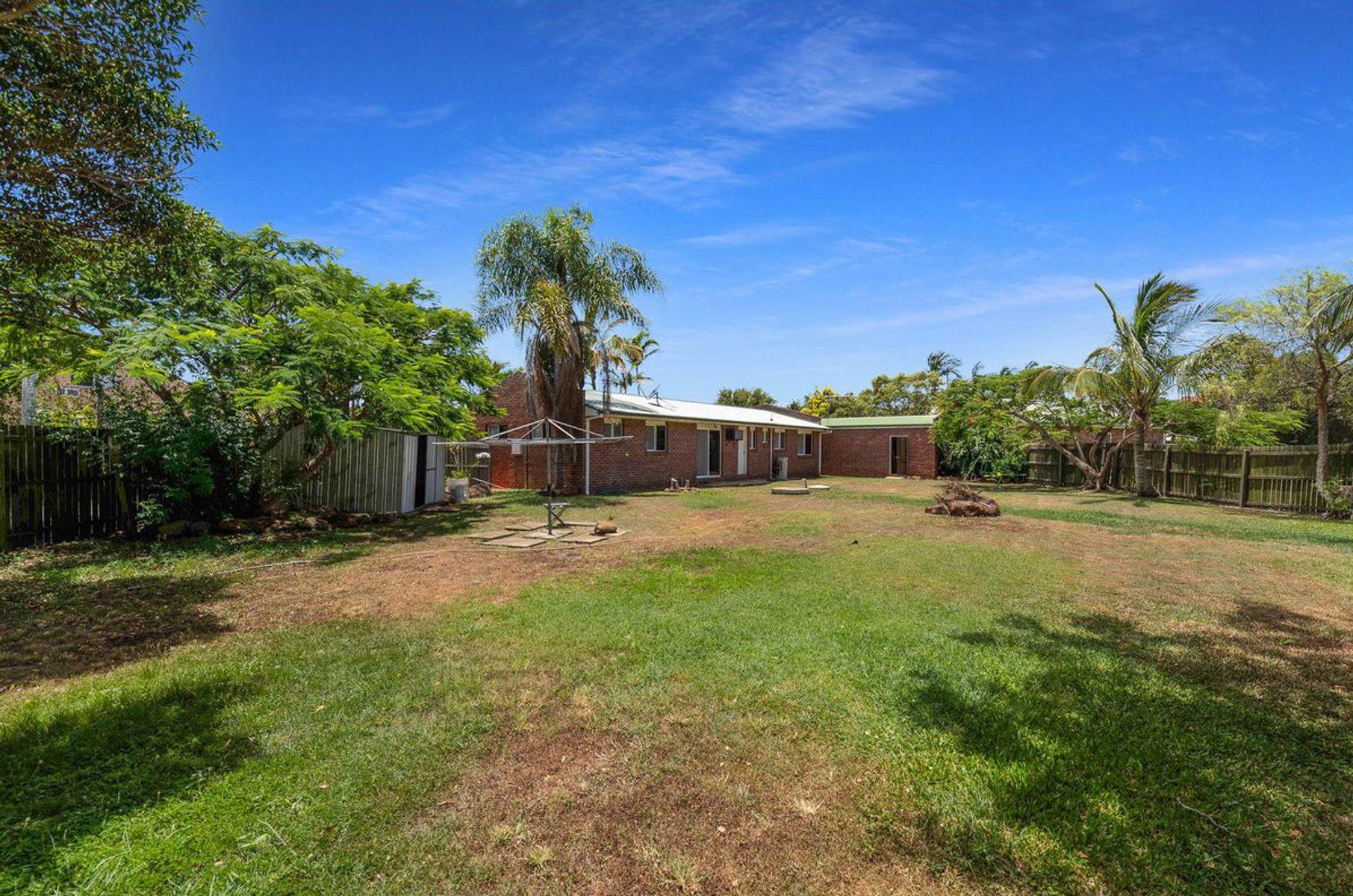 15 Camilleri Court, Elliott Heads, QLD 4670
