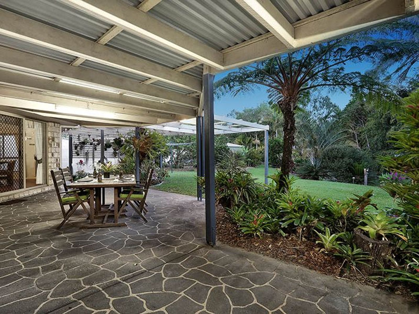 63 Pinelands Drive, Beerwah, QLD 4519