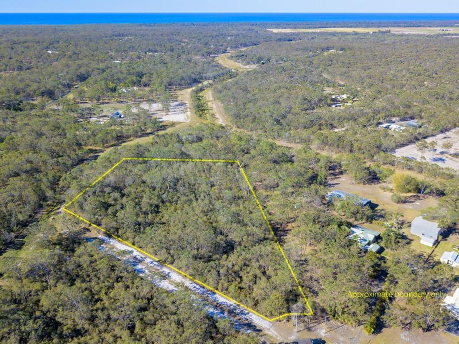 42 Dorron Court, Moore Park Beach, QLD 4670