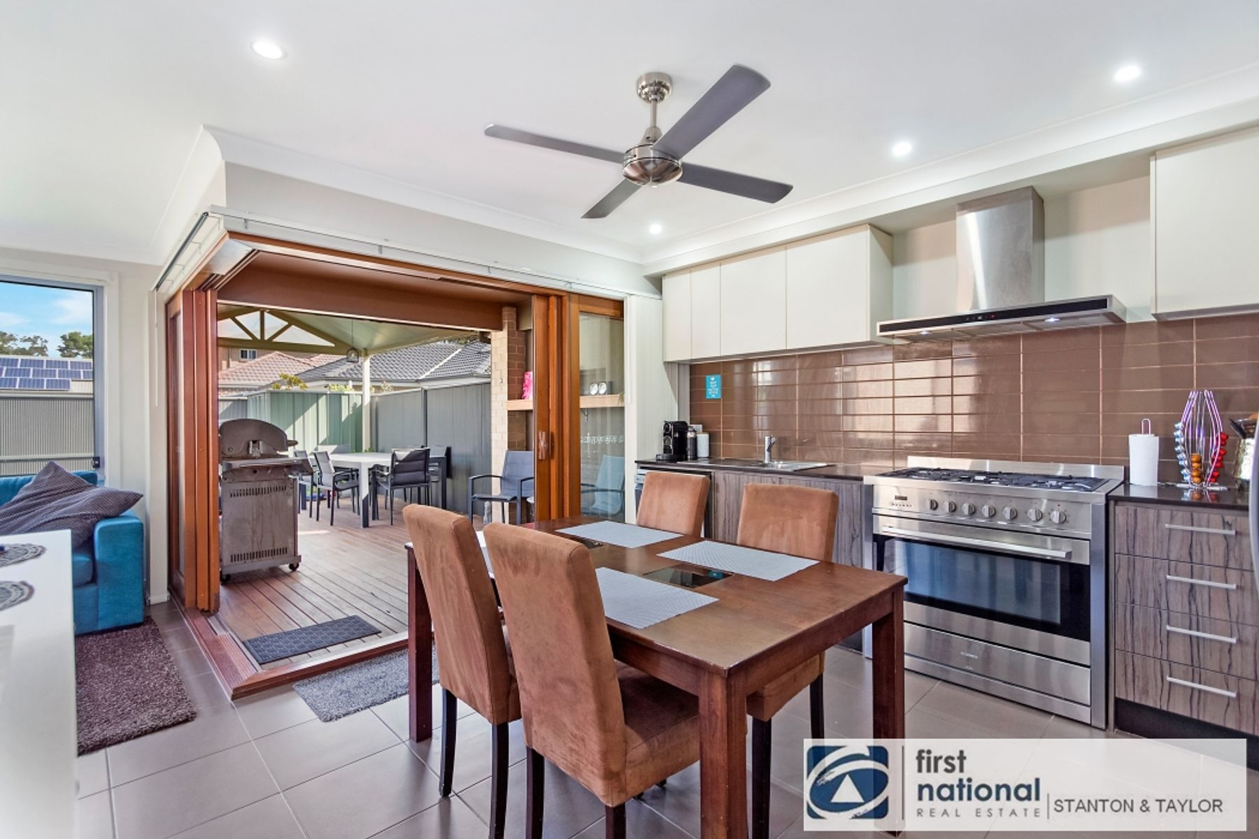 5 Fenner Place, Ropes Crossing, NSW 2760
