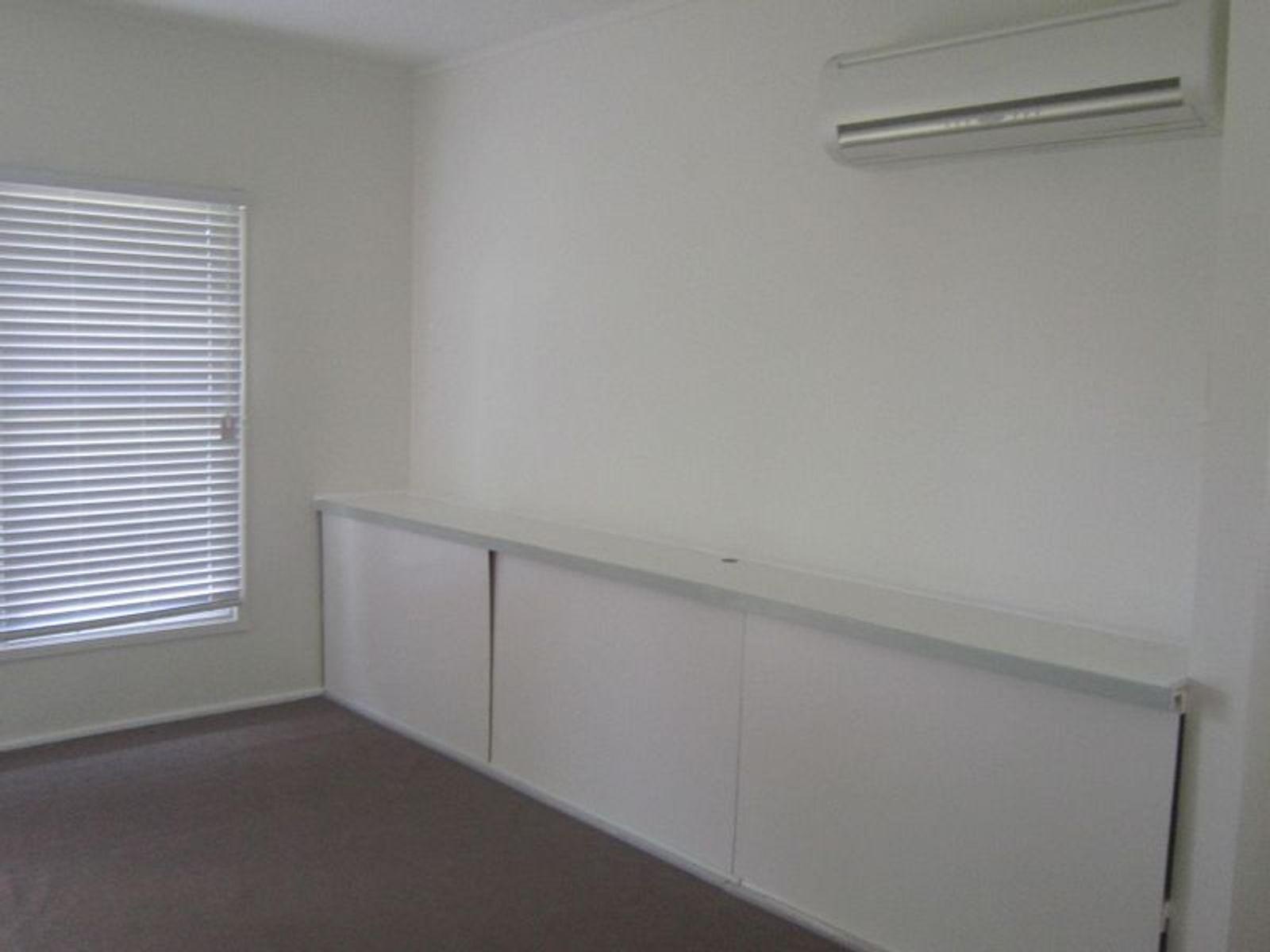 5 Henry Street, Belmont, NSW 2280