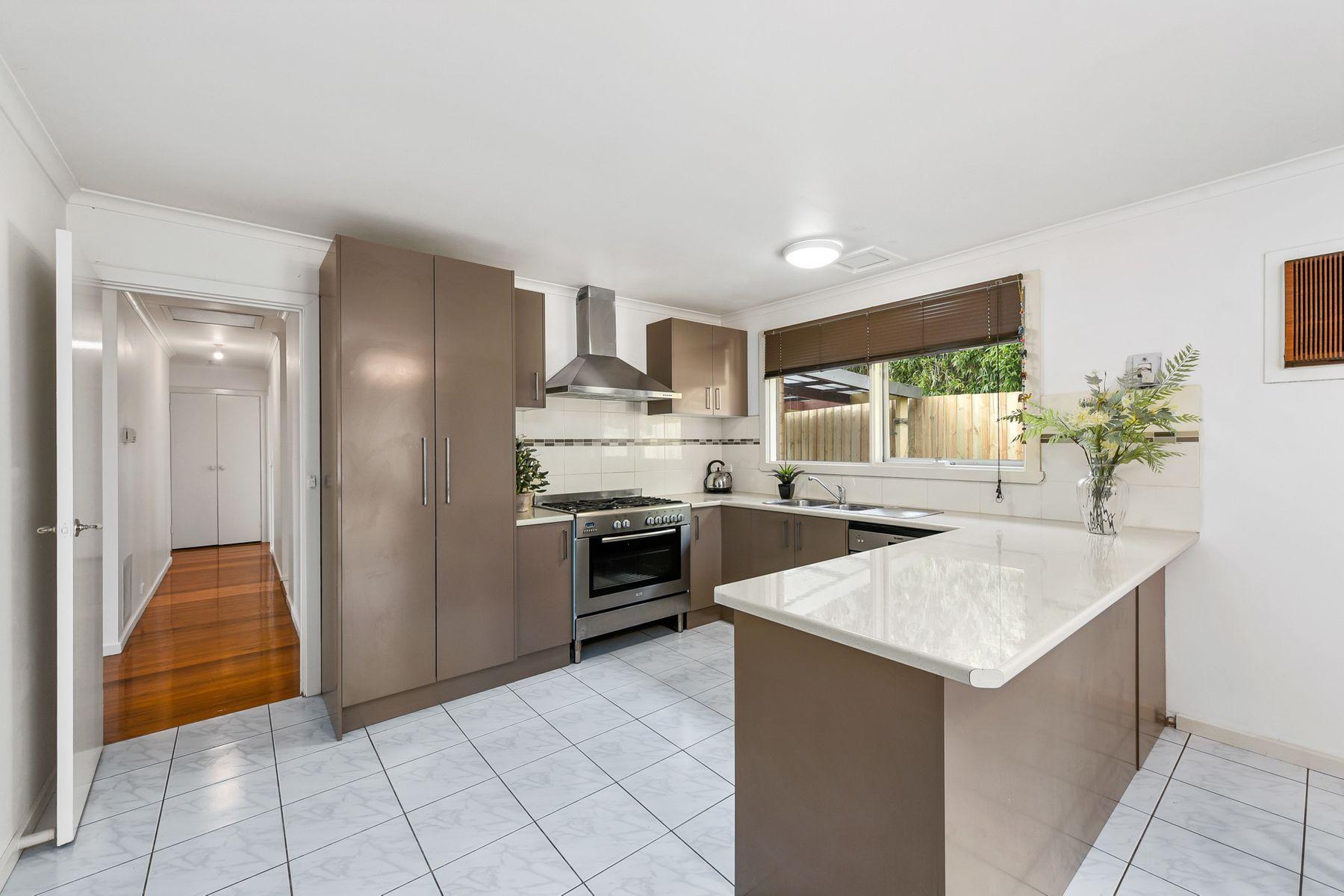 19 Aldridge Street, Endeavour Hills, VIC 3802