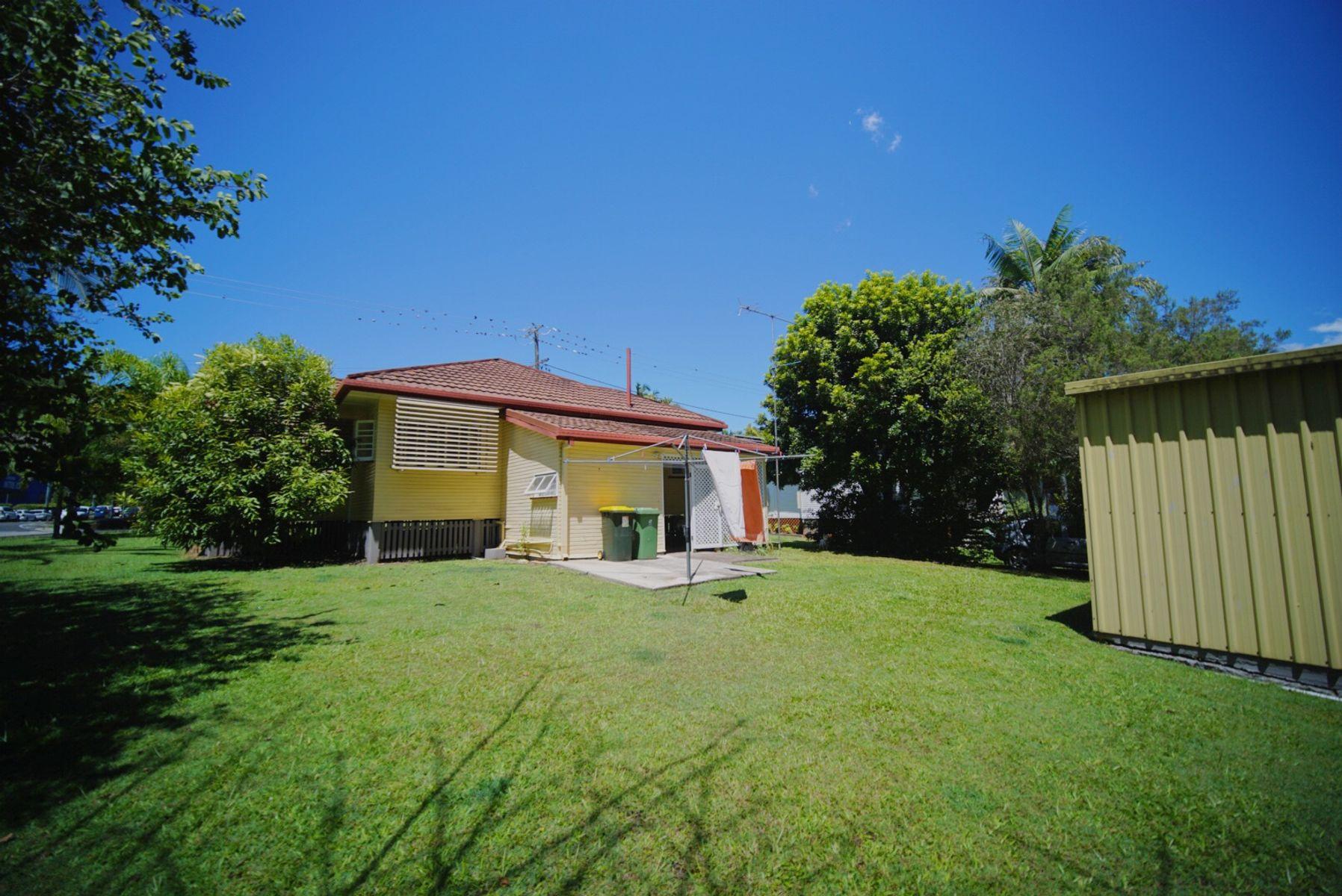 17 Hill Street, Nambour, QLD 4560