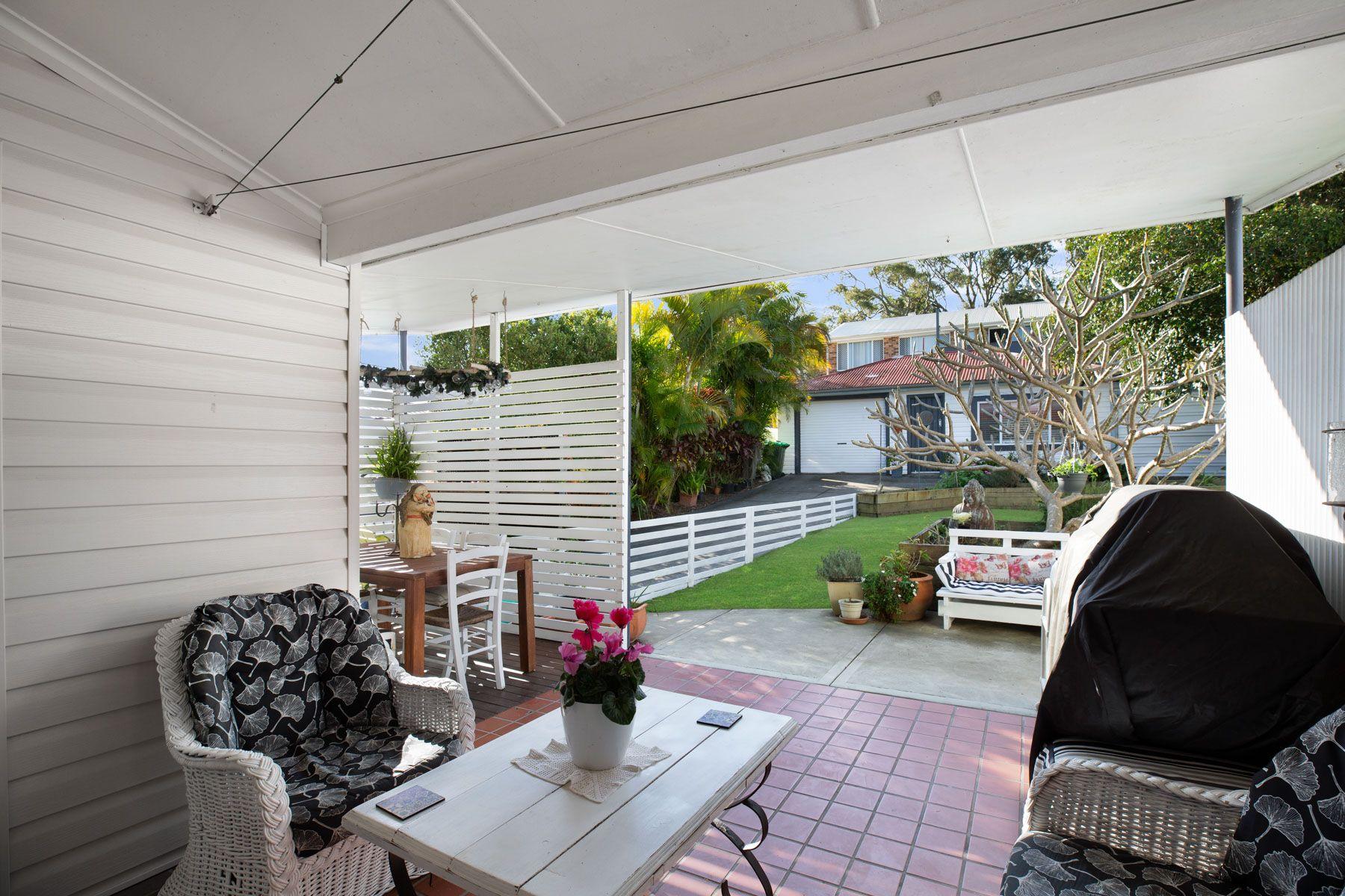 19 Evans Street, Belmont, NSW 2280