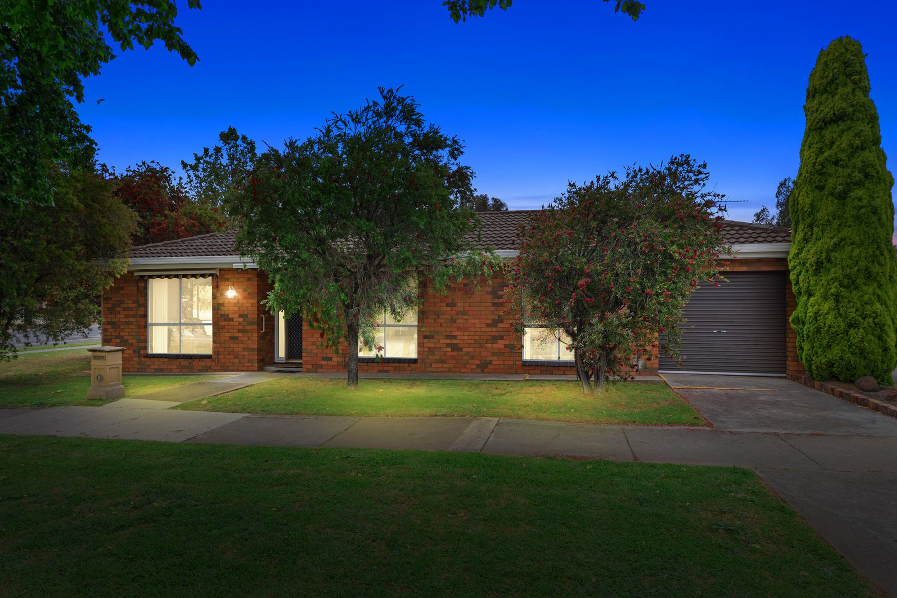 97 Neale Street, Flora Hill, VIC 3550
